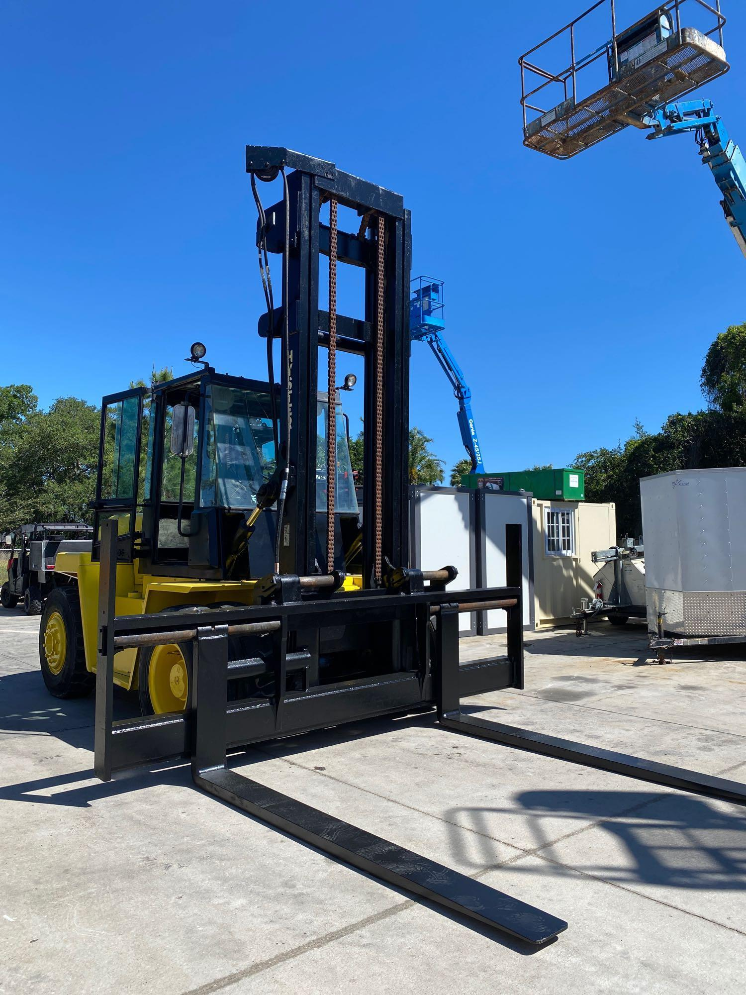 """HYSTER DIESEL FORKLIFT MODEL H190XL2, APPROX. 19,000 LB CAPACITY, 212.6"""" HEIGHT CAPACITY, RUNS AND O - Image 6 of 12"""