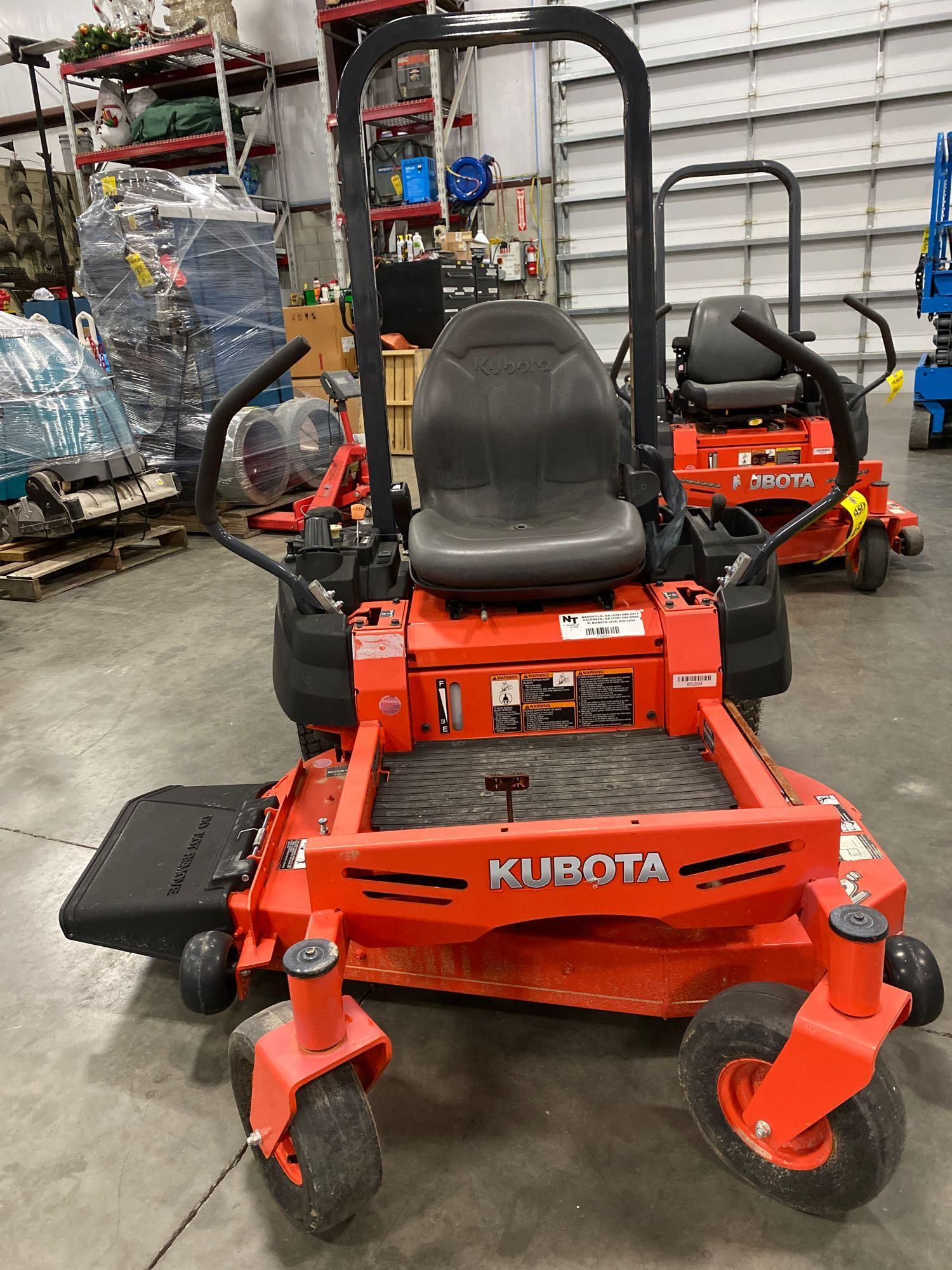 """2016 KUBOTA Z122RKW 42"""" RIDE ON MOWER, 3.9 HOURS SHOWING, RUNS AND OPERATES - Image 2 of 9"""