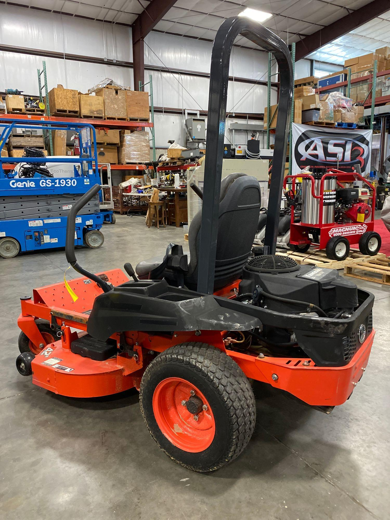 """2016 KUBOTA Z122RKW 42"""" RIDE ON MOWER, 3.9 HOURS SHOWING, RUNS AND OPERATES - Image 5 of 9"""