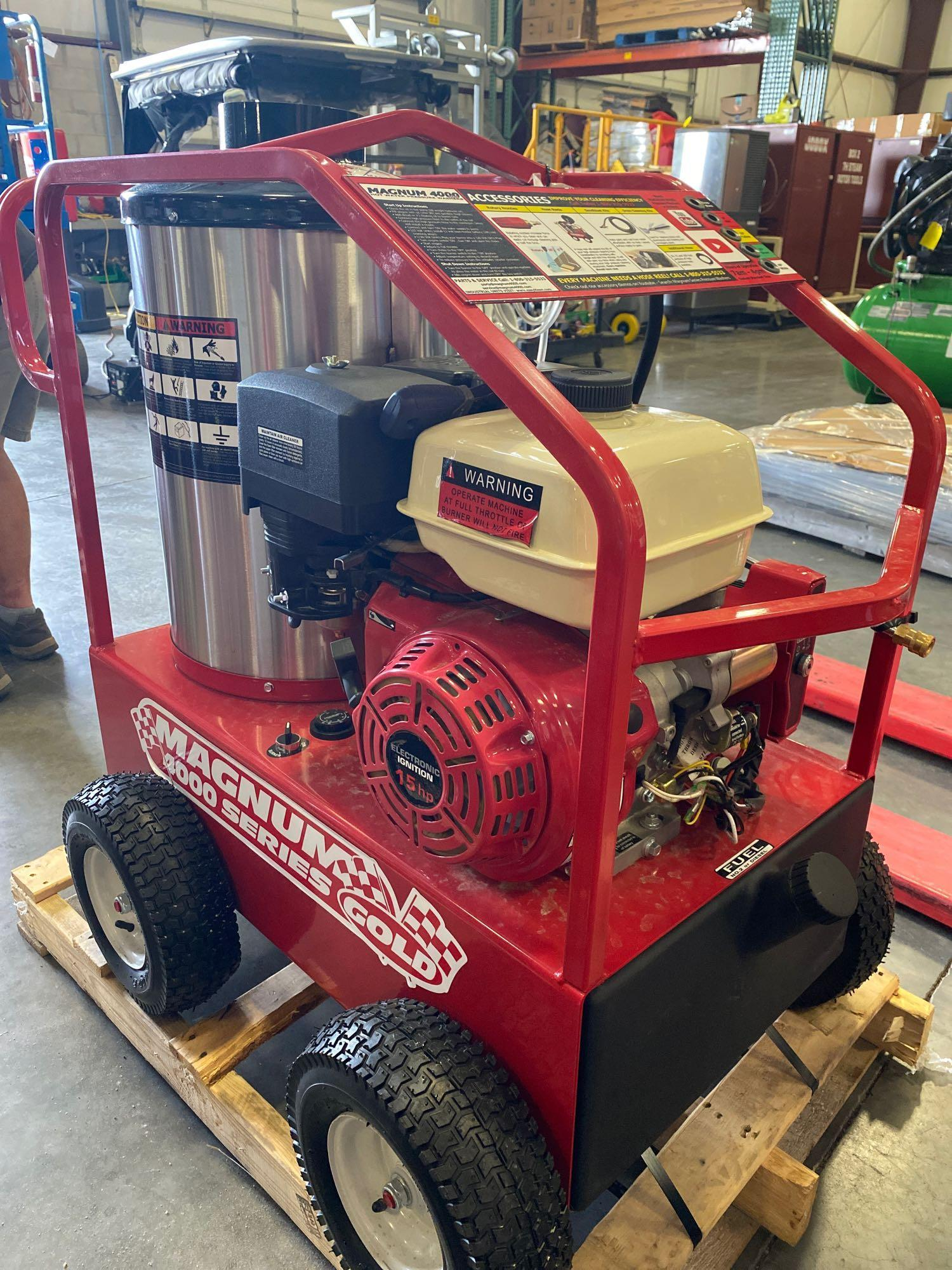 NEW/UNUSED 2020 MAGNUM 4000 HEATED PRESSURE WASHER, ELECTRIC START - Image 4 of 6