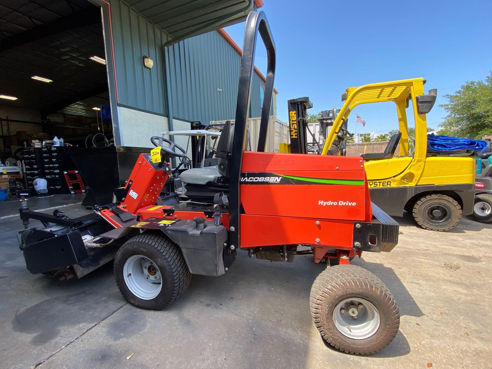 JACOBSON HYDRO DRIVE MOWER, GAS POWERED, MODEL 628D, RUNS AND OPERATES - Image 4 of 6