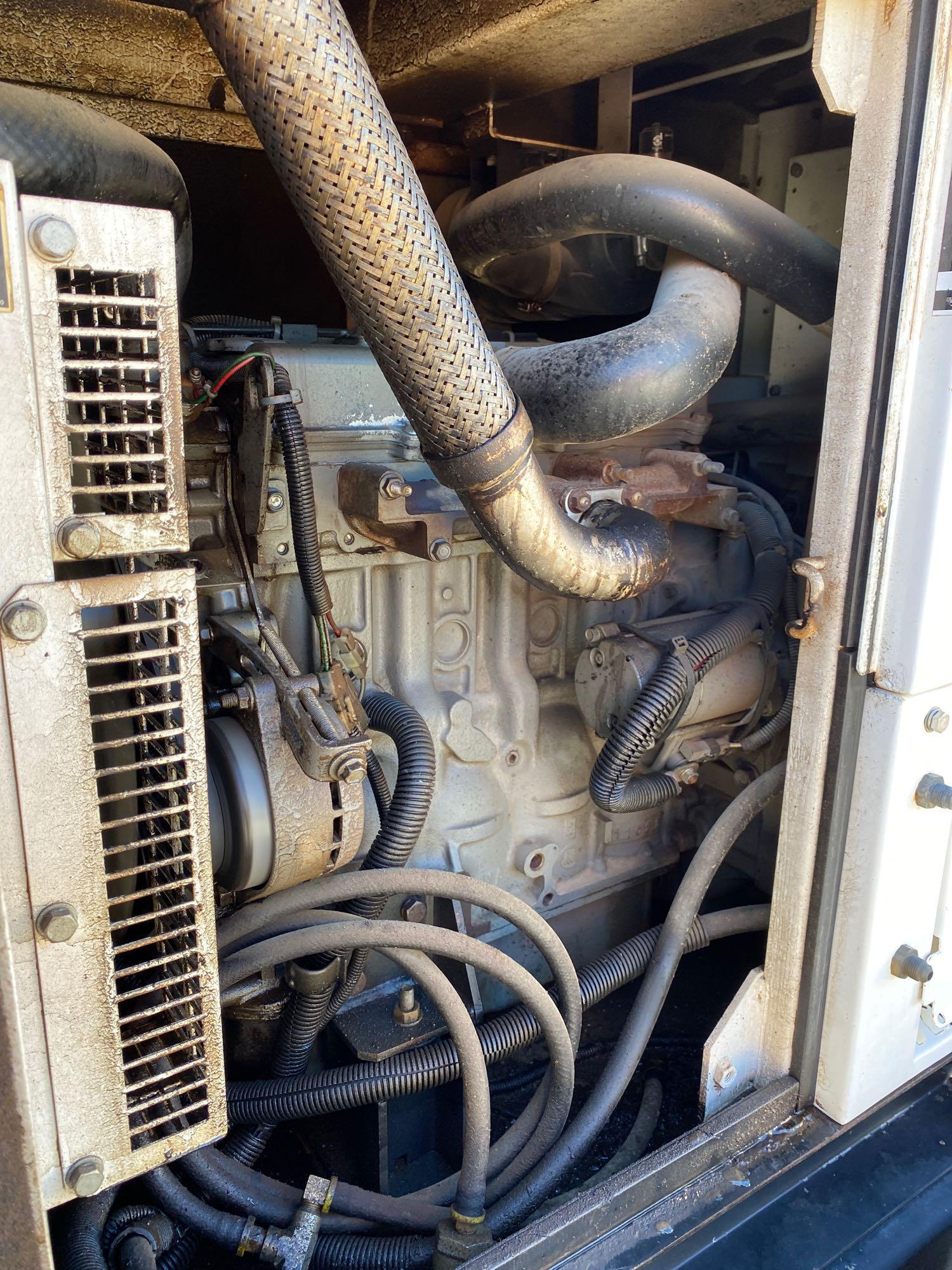 2012 WHISPERWATT MQ POWER DIESEL GENERATOR, TRAILER MOUNTED, 20KW, 25KVA, RUNS AND OPERATES - Image 7 of 10