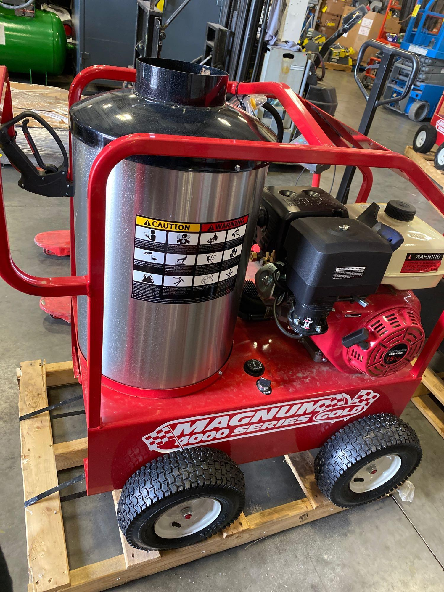 NEW/UNUSED 2020 MAGNUM 4000 HEATED PRESSURE WASHER, ELECTRIC START - Image 5 of 6