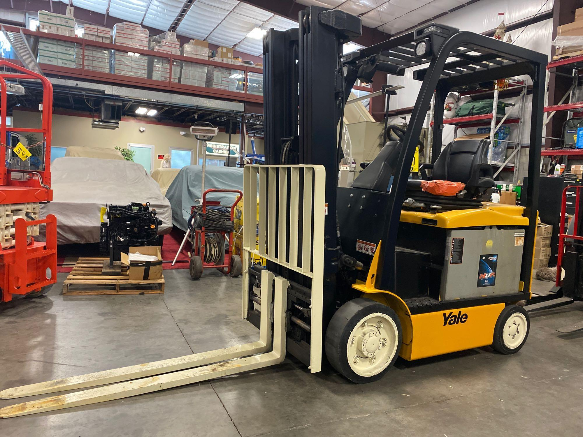 """YALE ELECTRIC FORKLIFT MODEL ERCO50VGN36TE088, 36V, 200.8"""" HEIGHT CAPACITY, APPROX. 5,000 LB CAPACIT"""