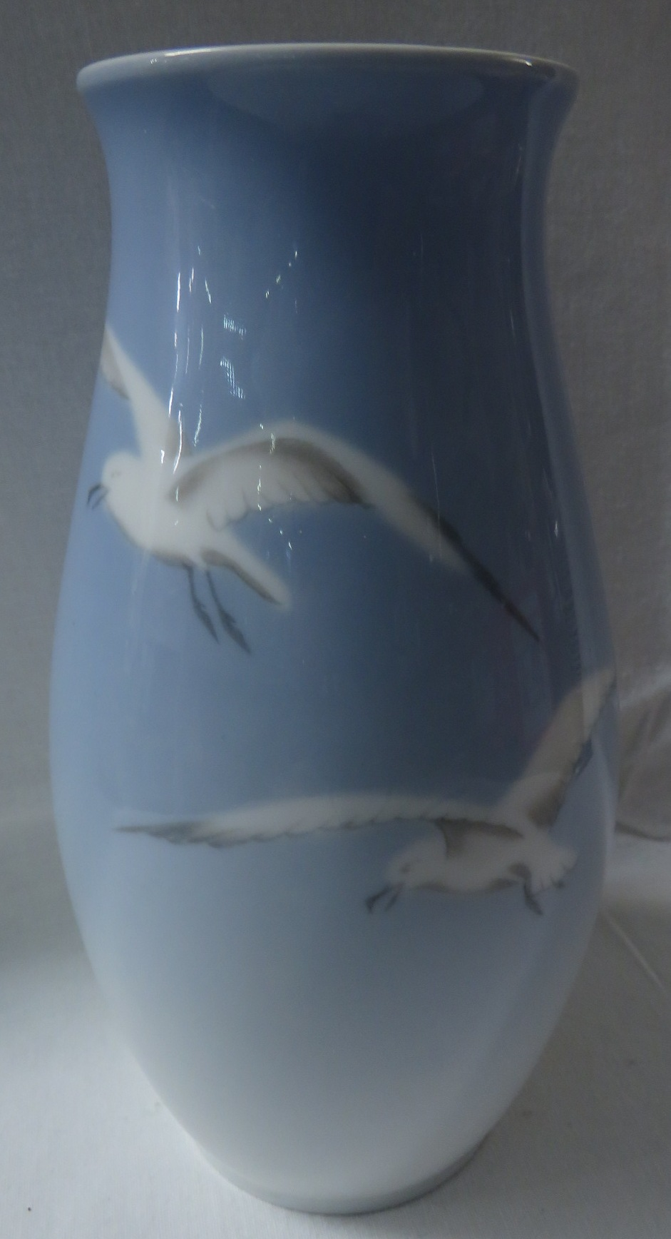 Lot 31 - A Bing and Grondahl ovoid vase thought by the vendor to possibly be a prototype, graduated pale blue