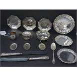 A collection of silver, to include three German octagonal dishes, Diameter 10cm; a Continental