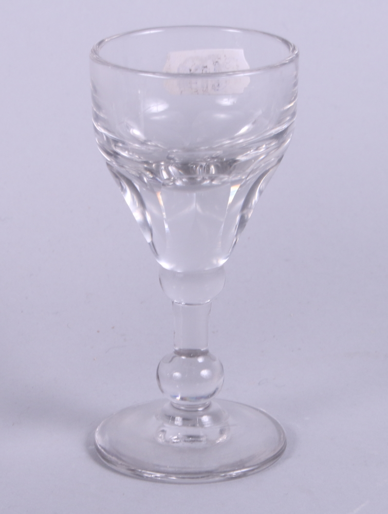 Lot 55 - A set of six dwarf ale glasses with engraved decoration and two toasting glasses