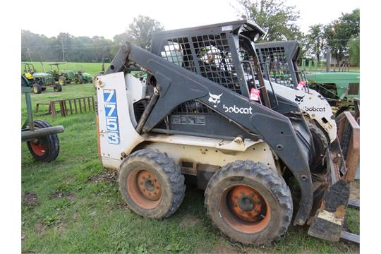 BOBCAT 7753 RUBBER TIRE SKID STEER, AUXILIARY HYDRAULICS