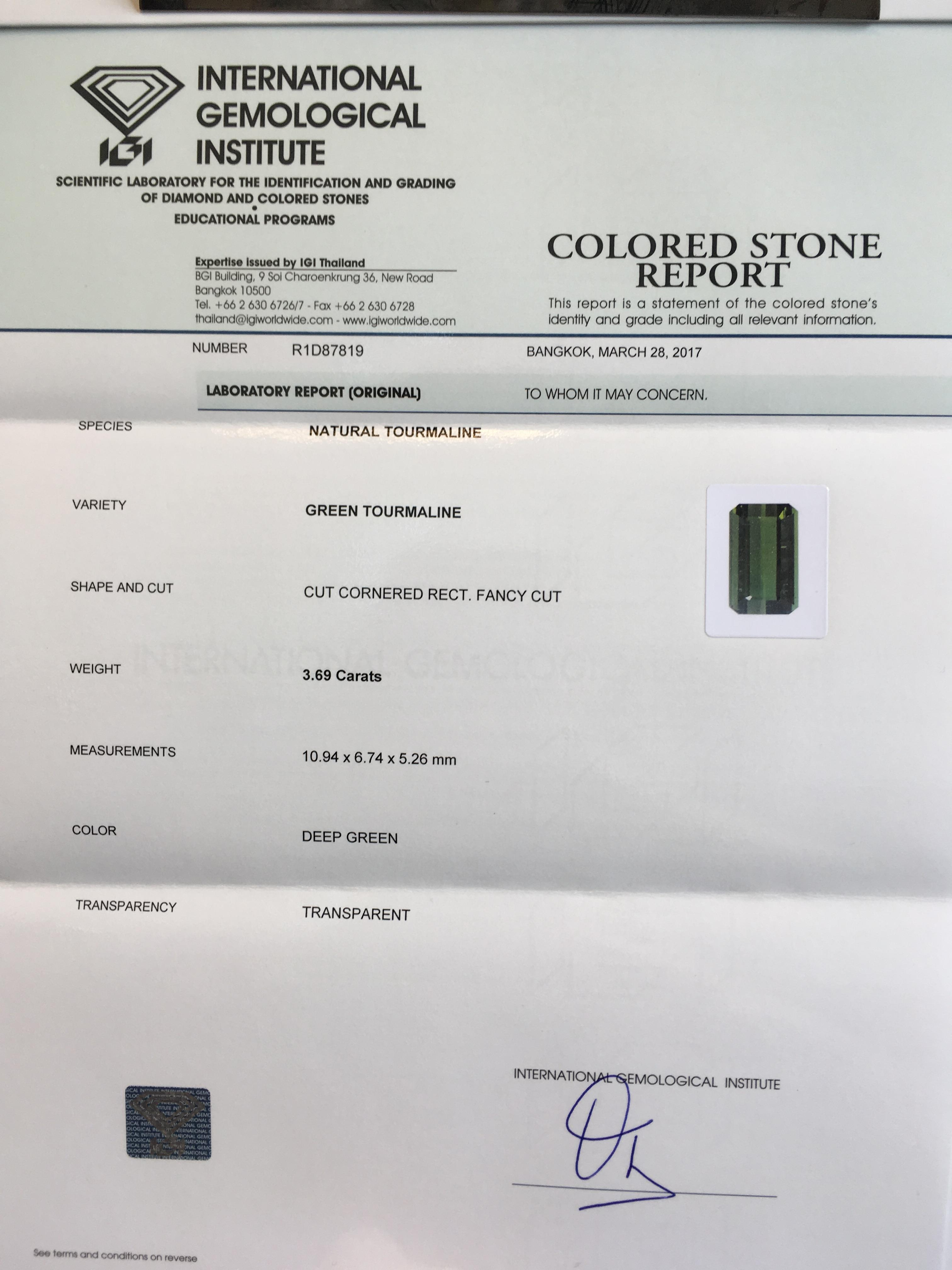Lot 55 - 0.80ct Natural Spinel with IGI Certificate