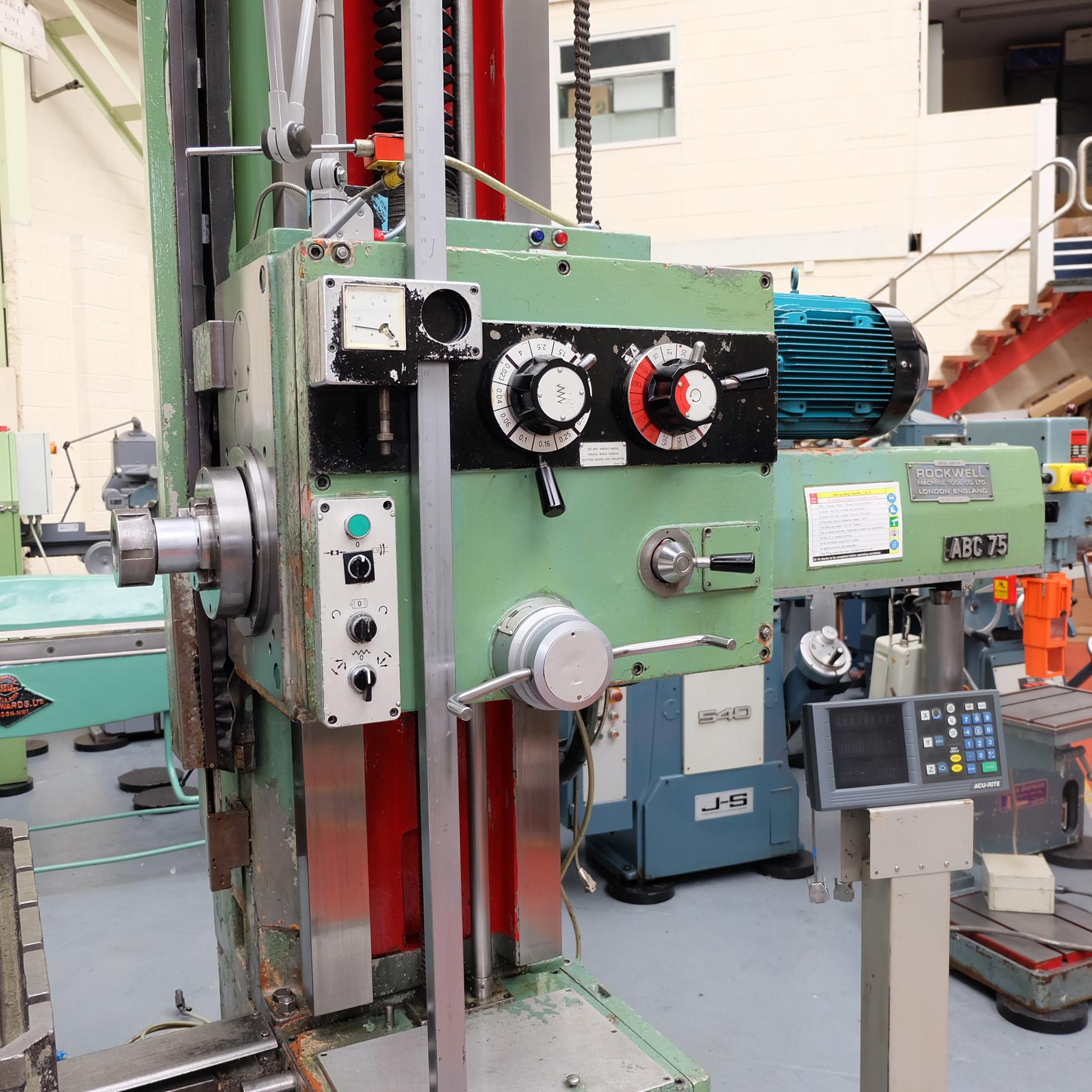 Ceruti Model ABC 75 Horizontal Boring & Milling Machine. With Tooling. - Image 8 of 15