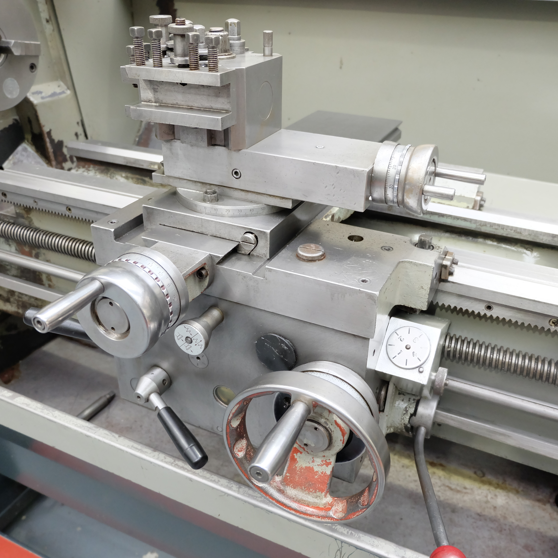 Colchester Student Gap Bed Centre Lathe. - Image 6 of 7