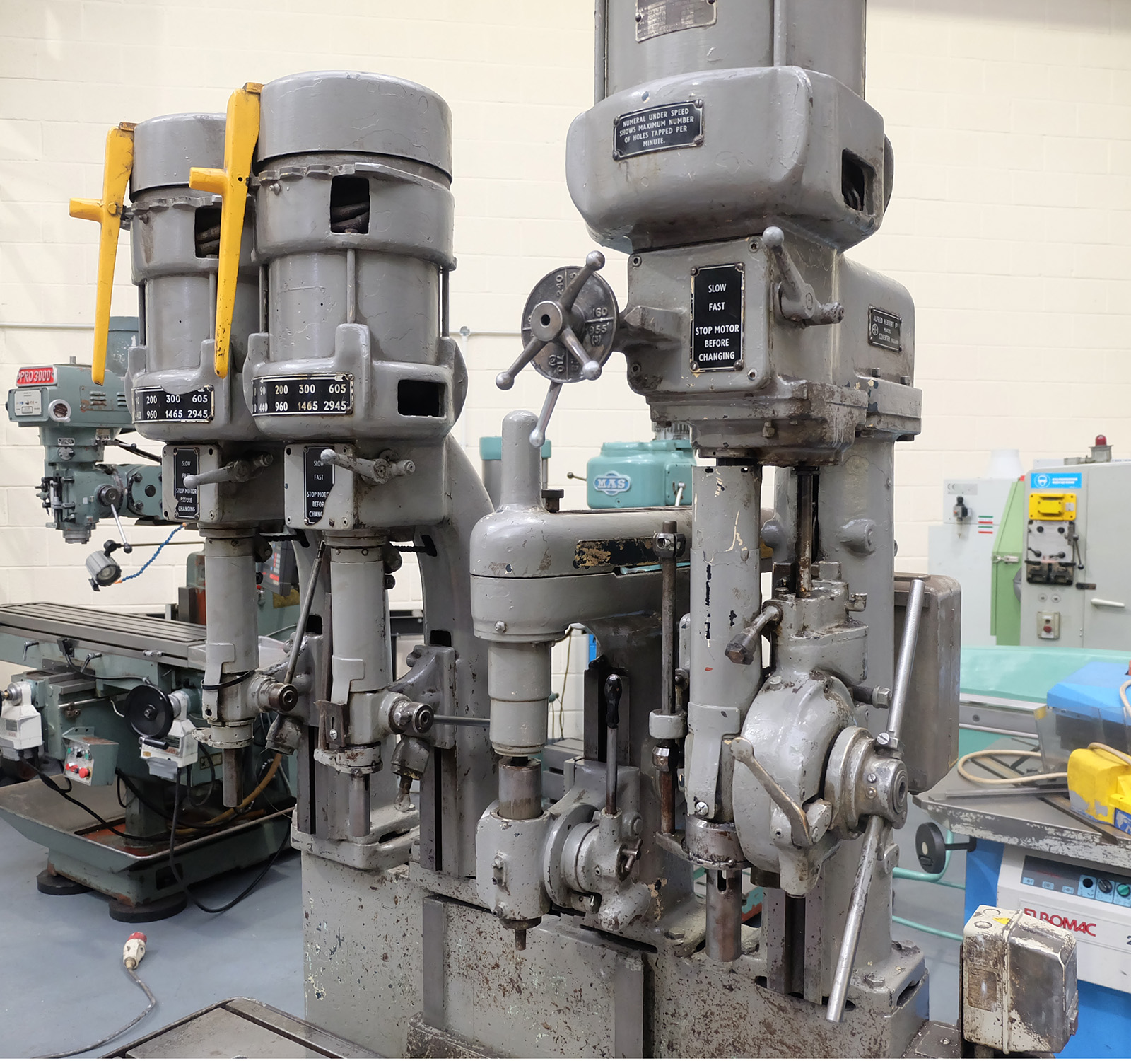 Herbert 4 Spindle In Line Drill. Table Size 46'' x 15 1/2''. - Image 3 of 10