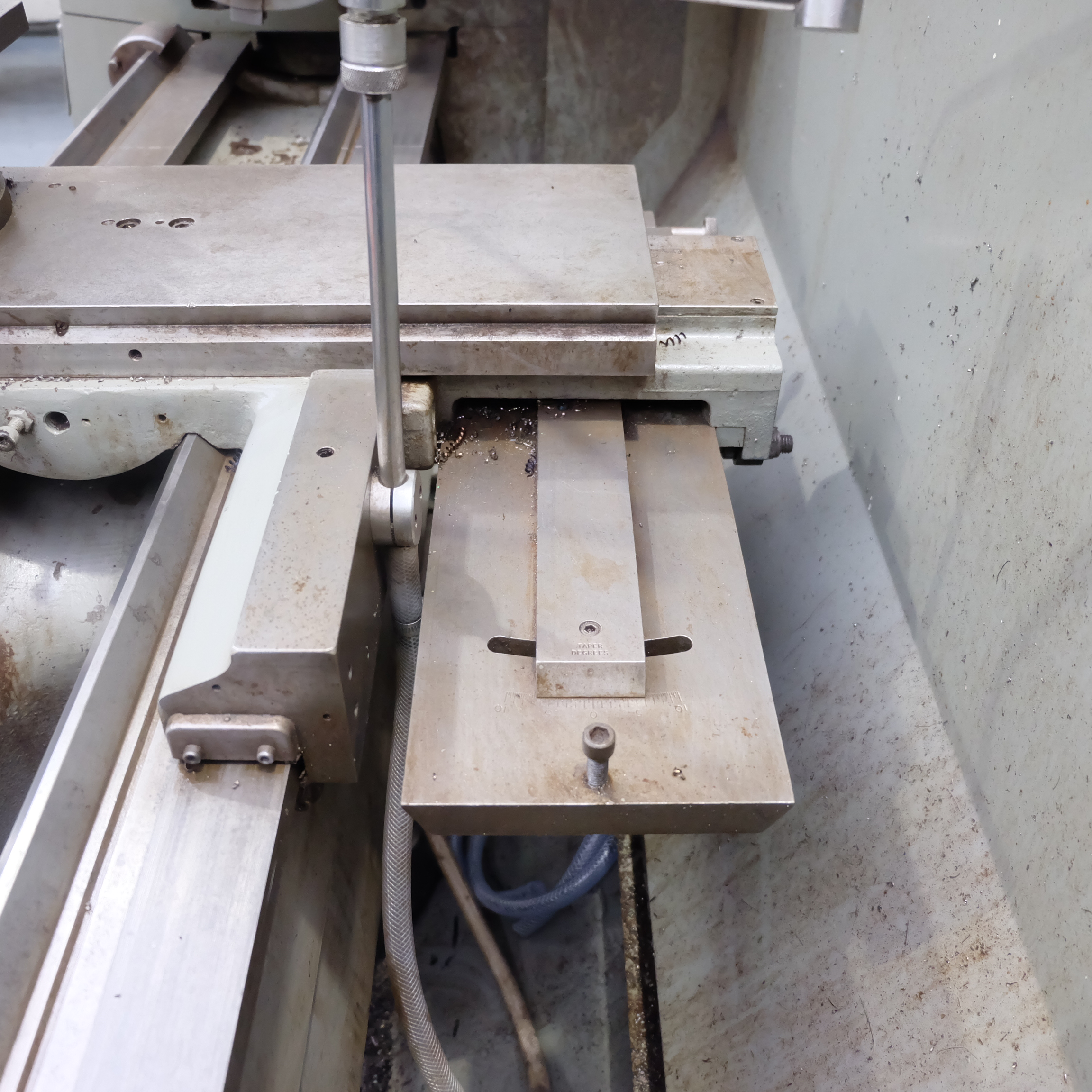 Colchester Mascot 1600 Gap Bed Centre Lathe. - Image 8 of 10
