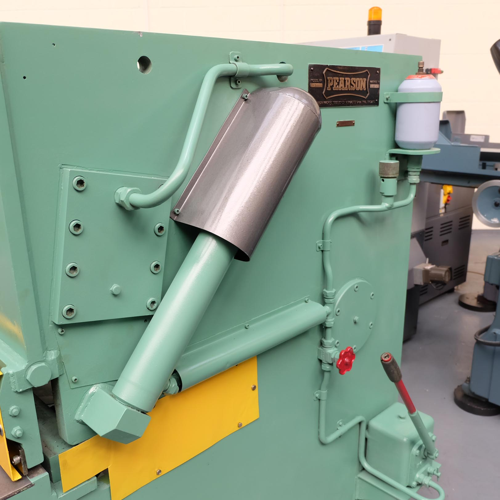 Pearson Type 8 x 25 Hydraulic Guillotine. - Image 6 of 7