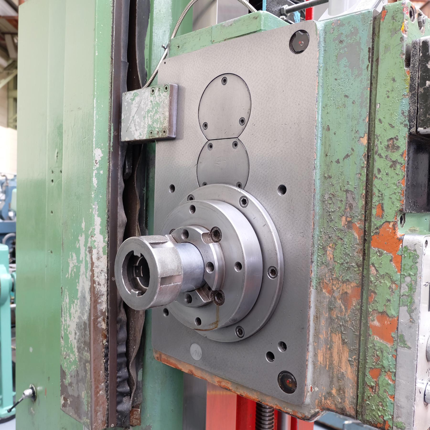 Ceruti Model ABC 75 Horizontal Boring & Milling Machine. With Tooling. - Image 9 of 15