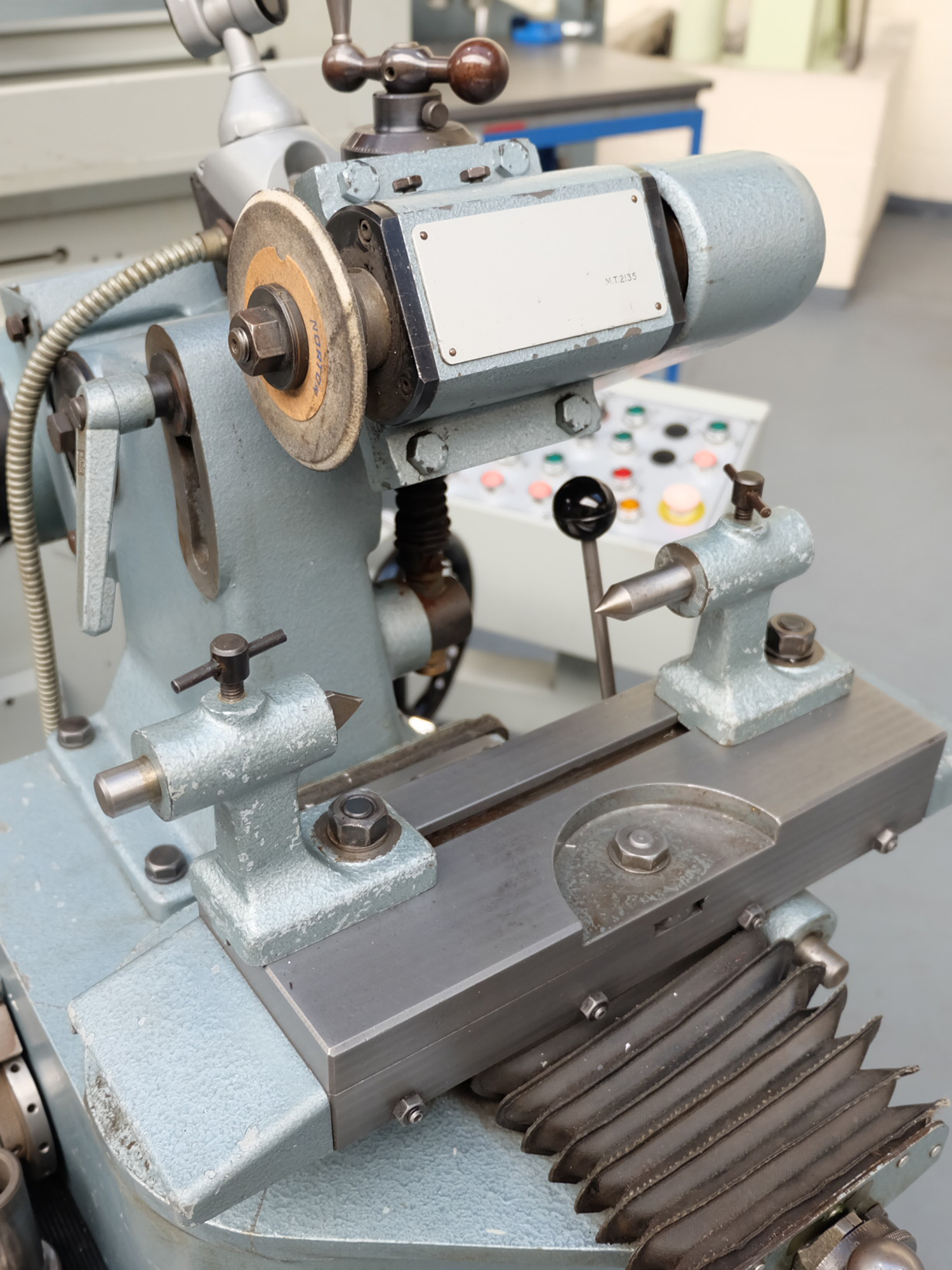 """Clarkson MKII Tool & Cutter Grinder. Capacity 12"""" x 6"""" Diameter. - Image 3 of 6"""