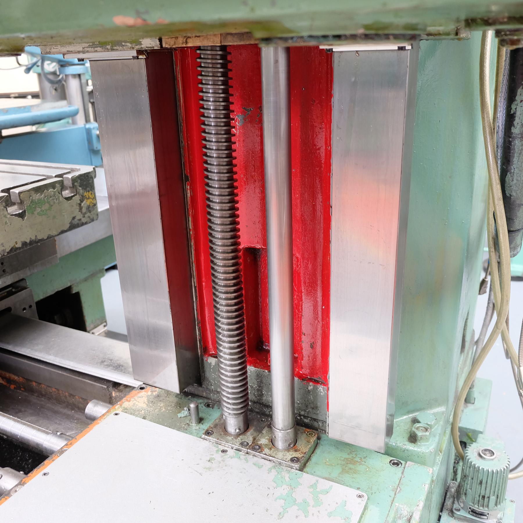 Ceruti Model ABC 75 Horizontal Boring & Milling Machine. With Tooling. - Image 10 of 15