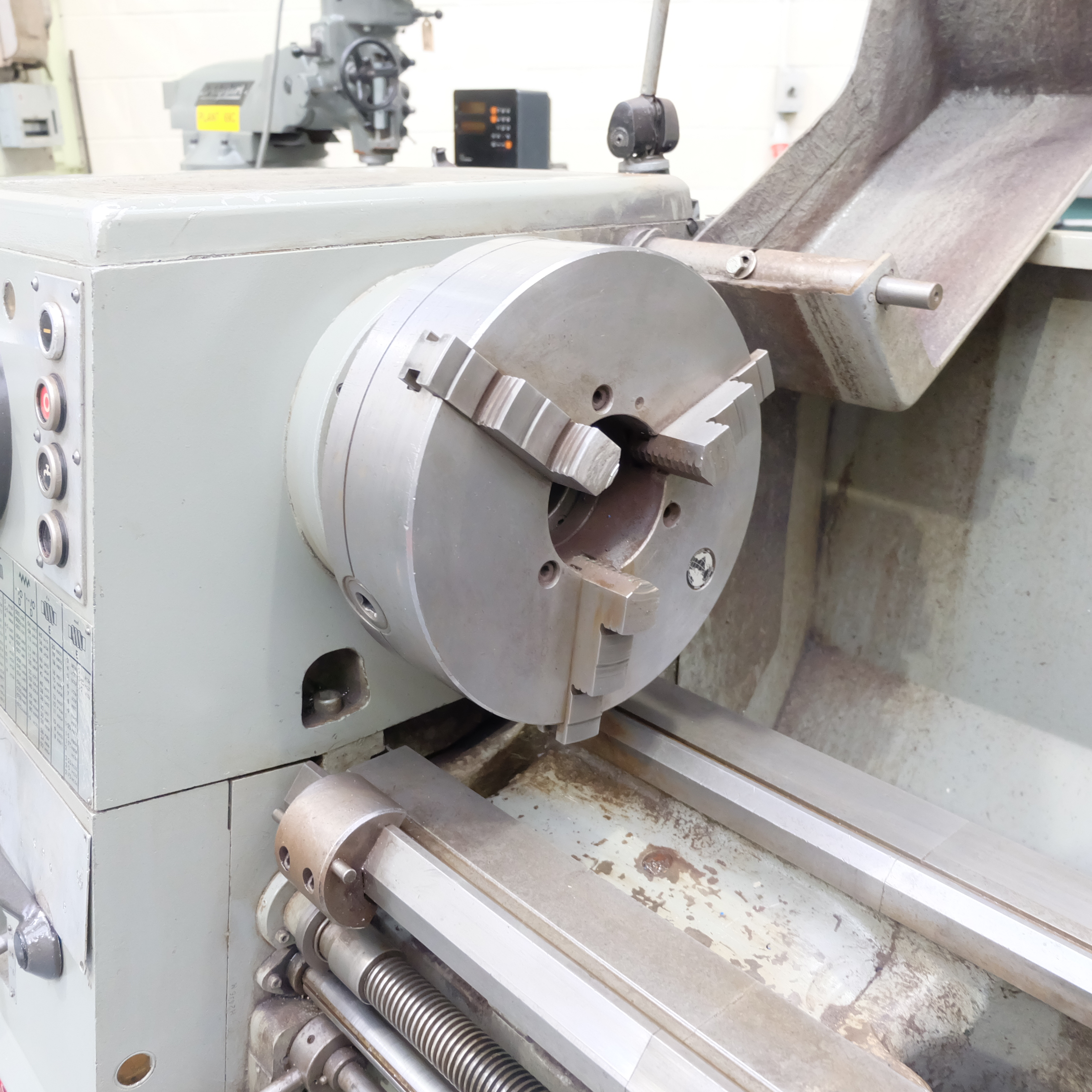 Colchester Mascot 1600 Gap Bed Centre Lathe. - Image 5 of 10