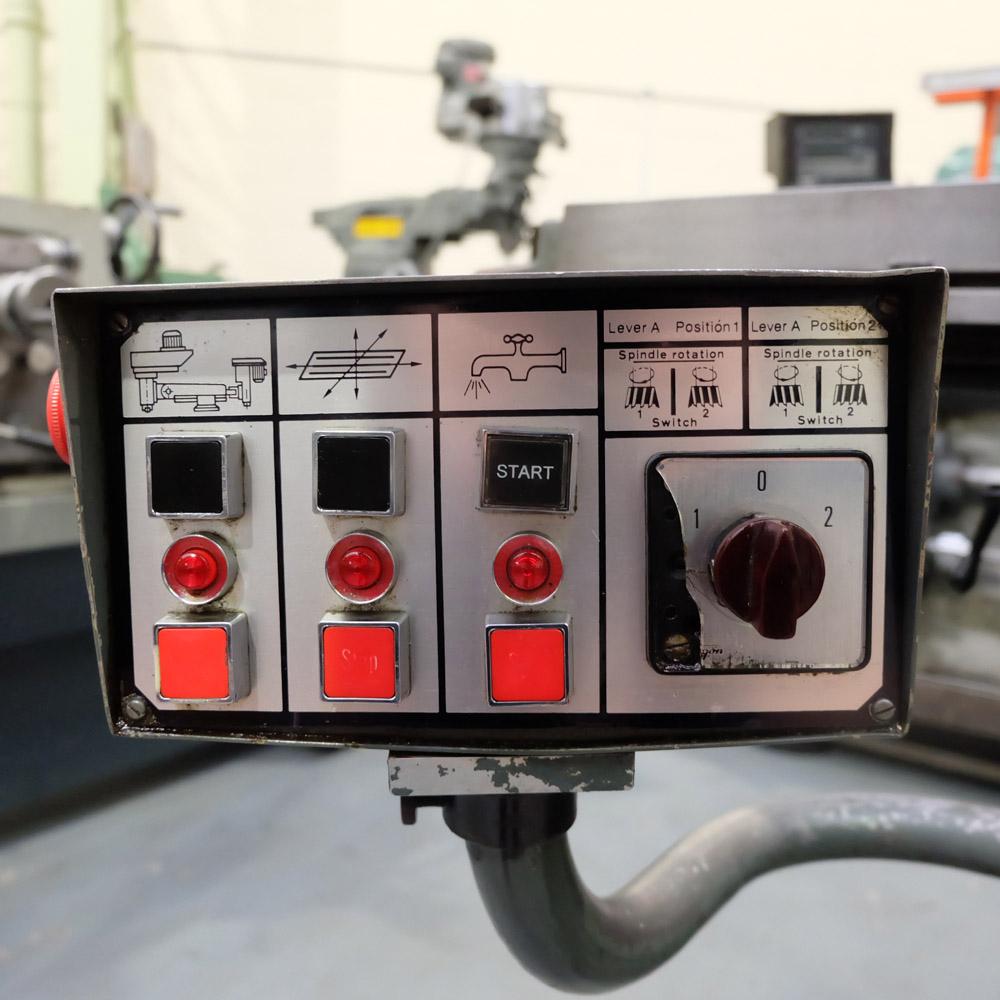 Ajax Model AJT4: Turret Milling Machine. - Image 8 of 10