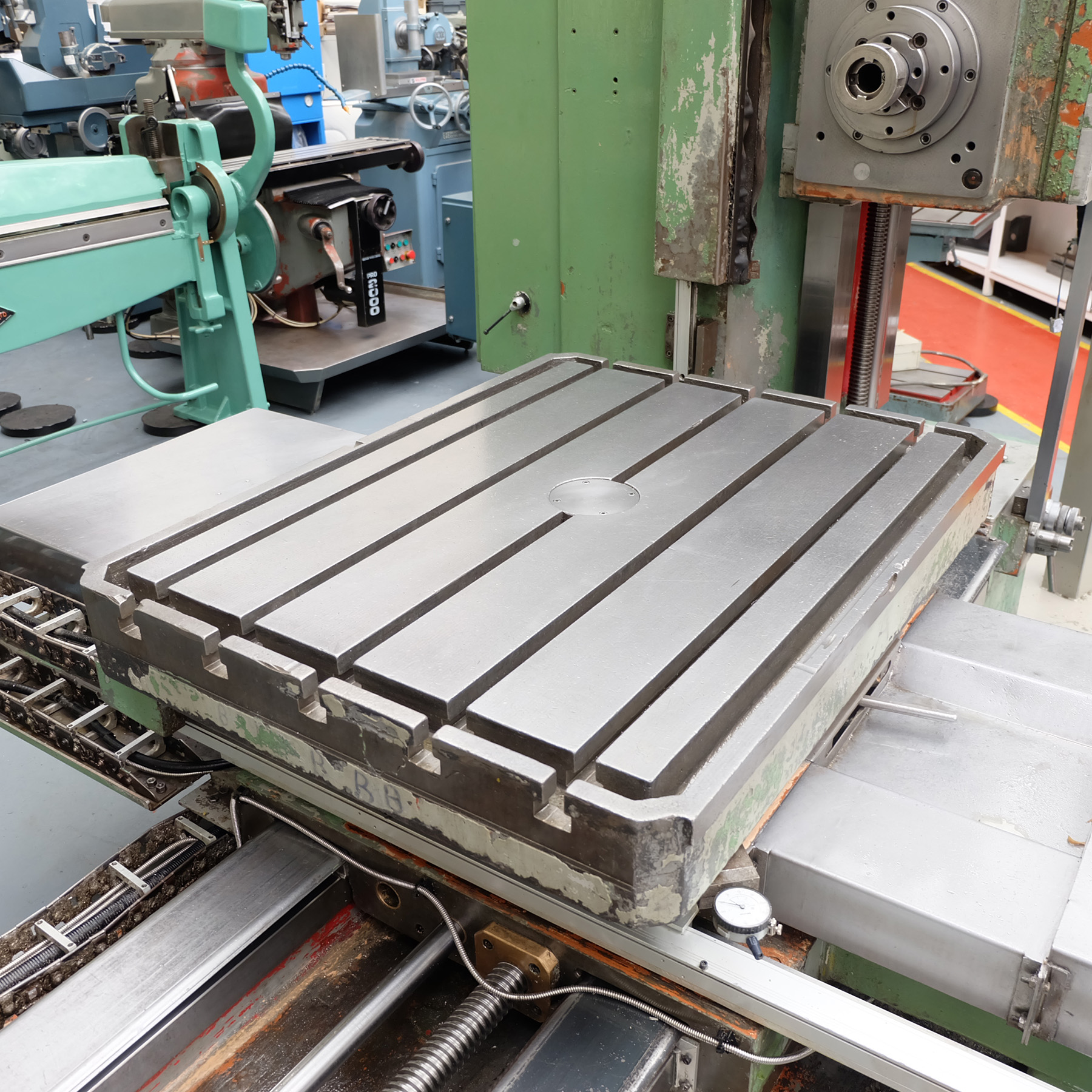 Ceruti Model ABC 75 Horizontal Boring & Milling Machine. With Tooling. - Image 5 of 15