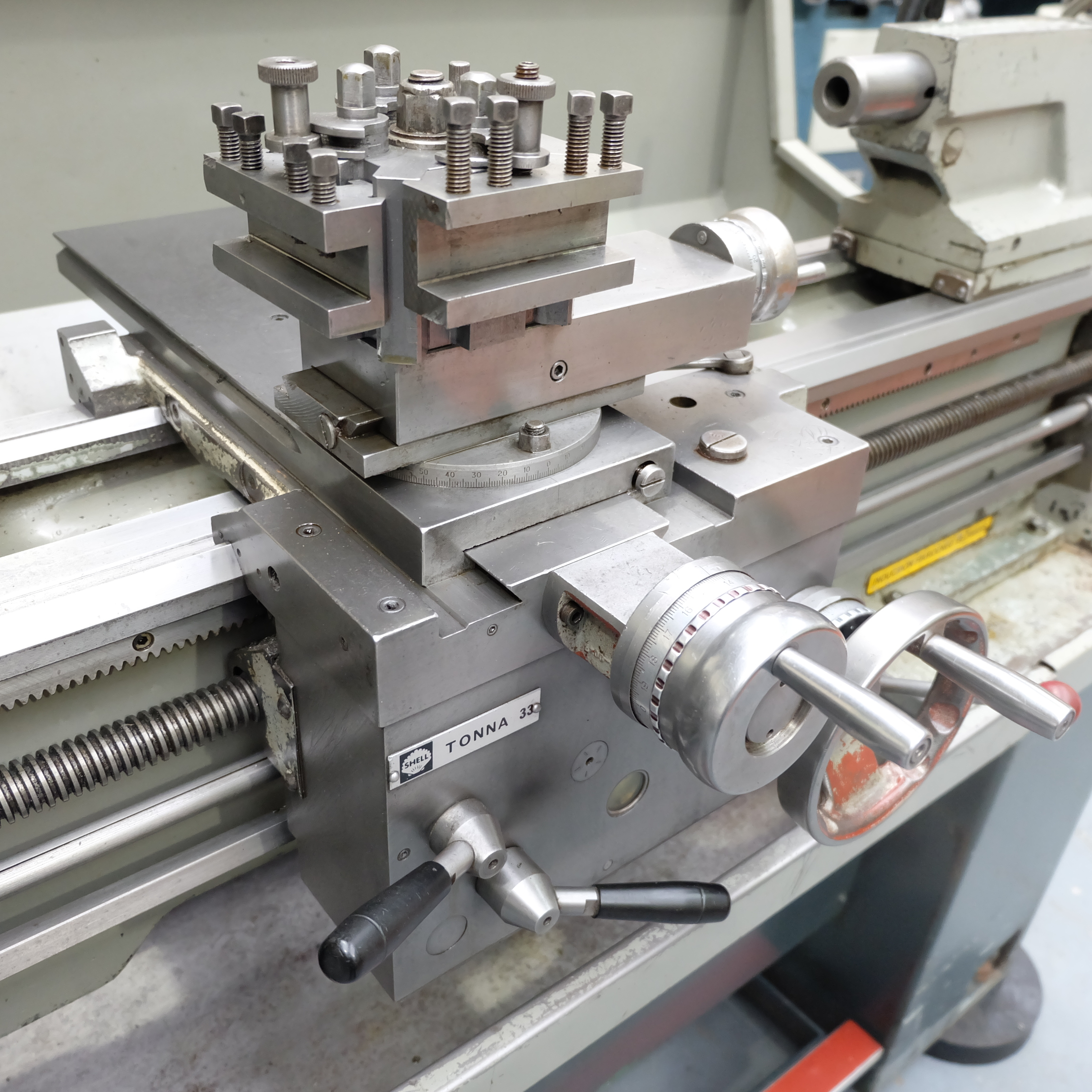 Colchester Student Gap Bed Centre Lathe. - Image 5 of 7