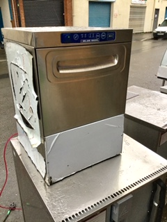 Lot 5A - Blue Seal Glass Washer – NO VAT