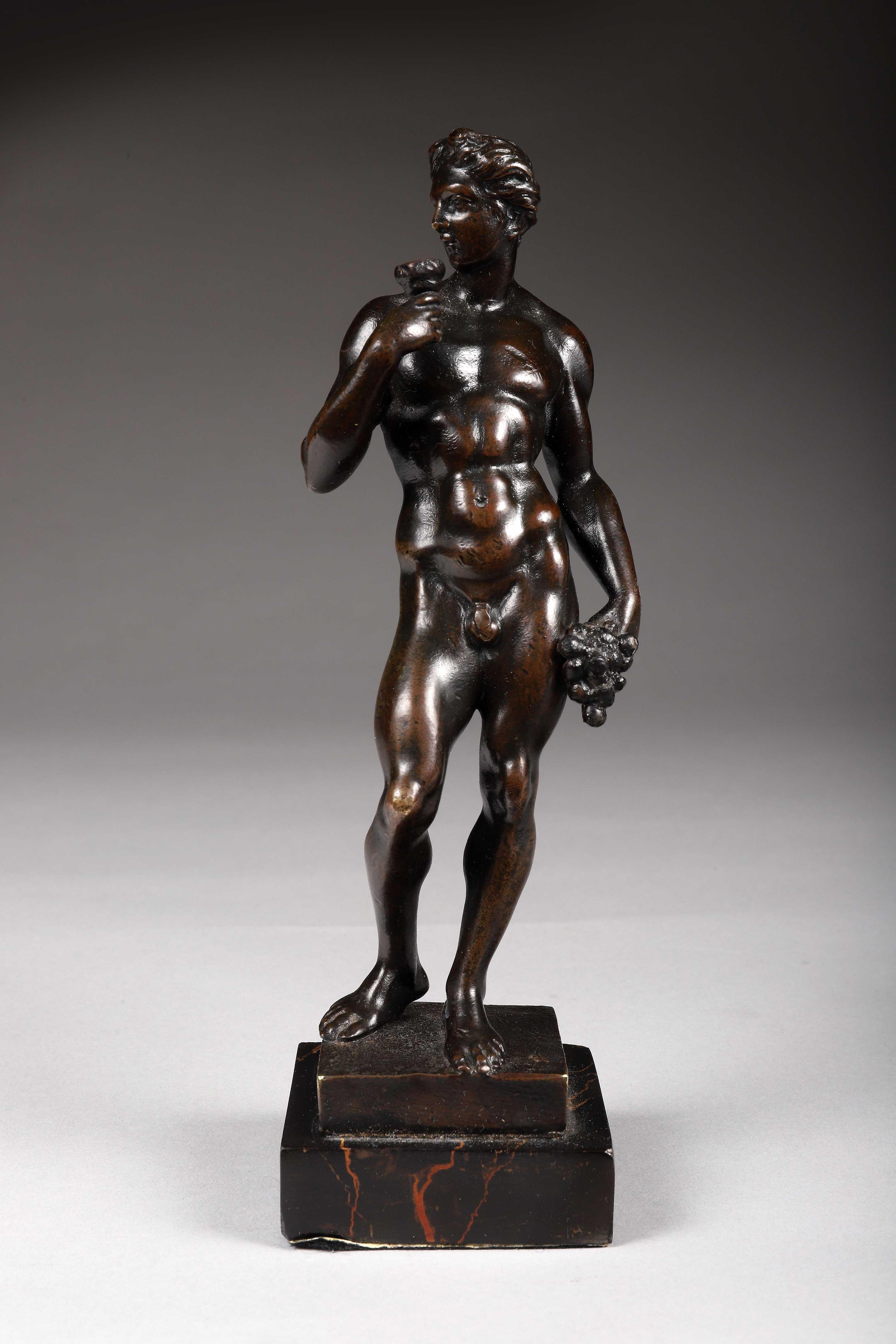 Los 47 - Bacchus en bronze à patine brune. Italie, XIXe siècle dans le style [...]