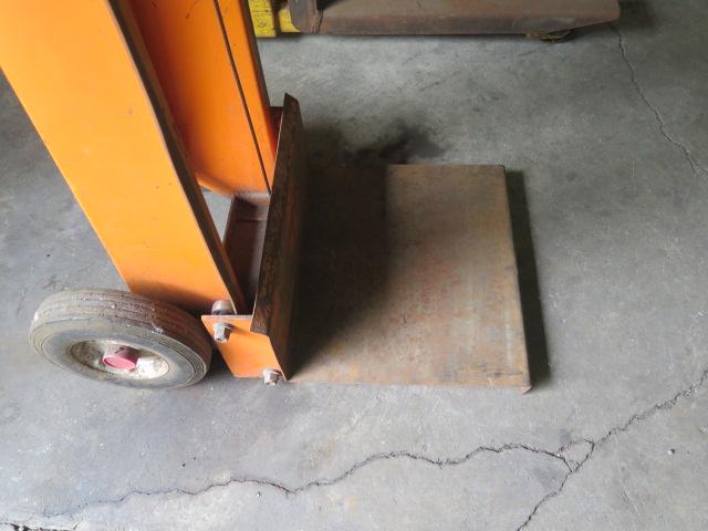 Manual Lift - Image 3 of 3