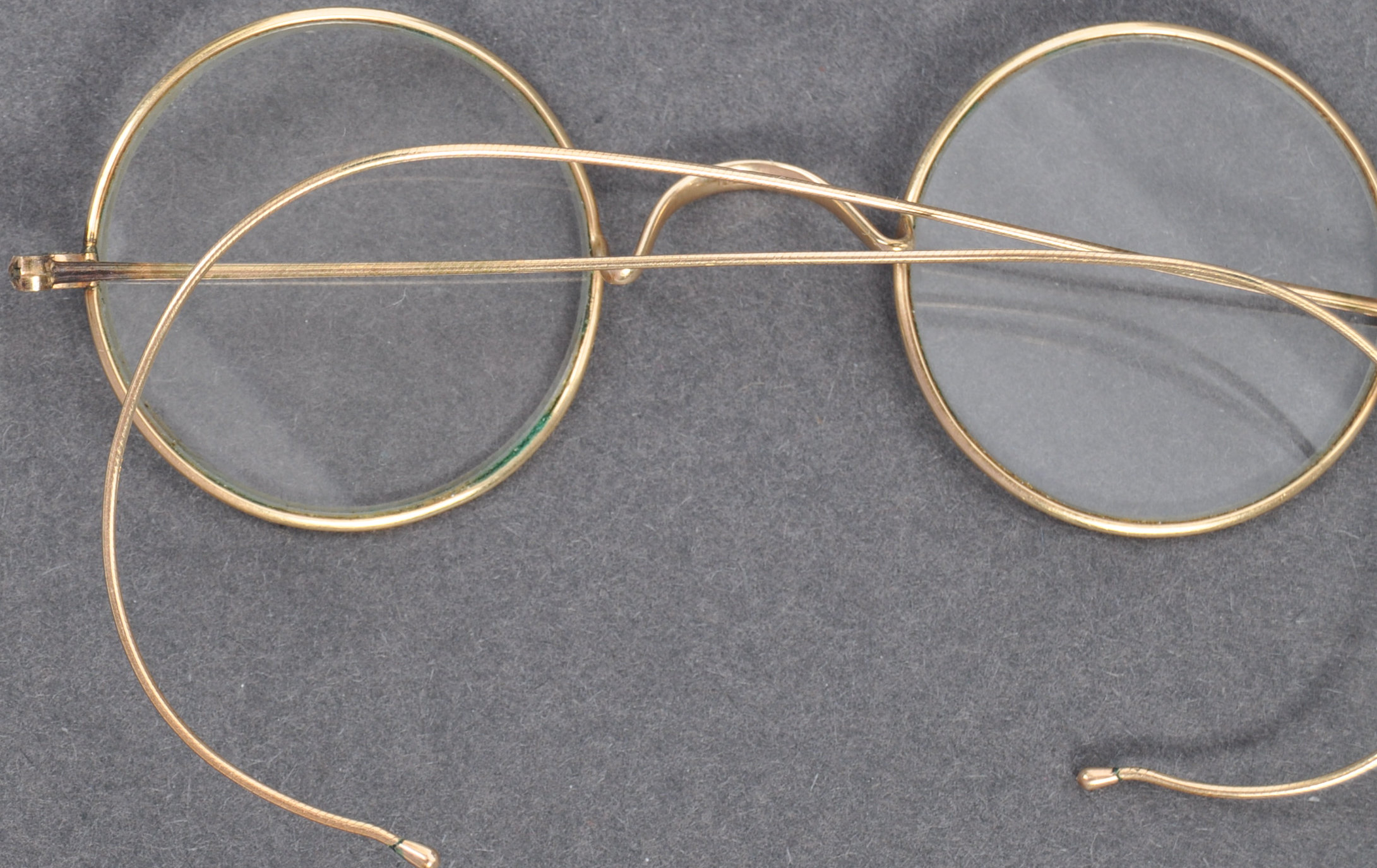 PAIR OF MATHATMA GANDHI'S PERSONAL SPECTACLES - Image 5 of 7