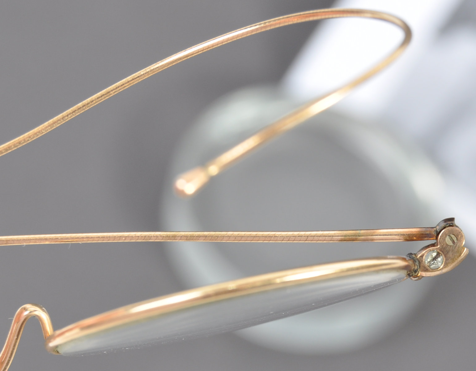 PAIR OF MATHATMA GANDHI'S PERSONAL SPECTACLES - Image 4 of 7