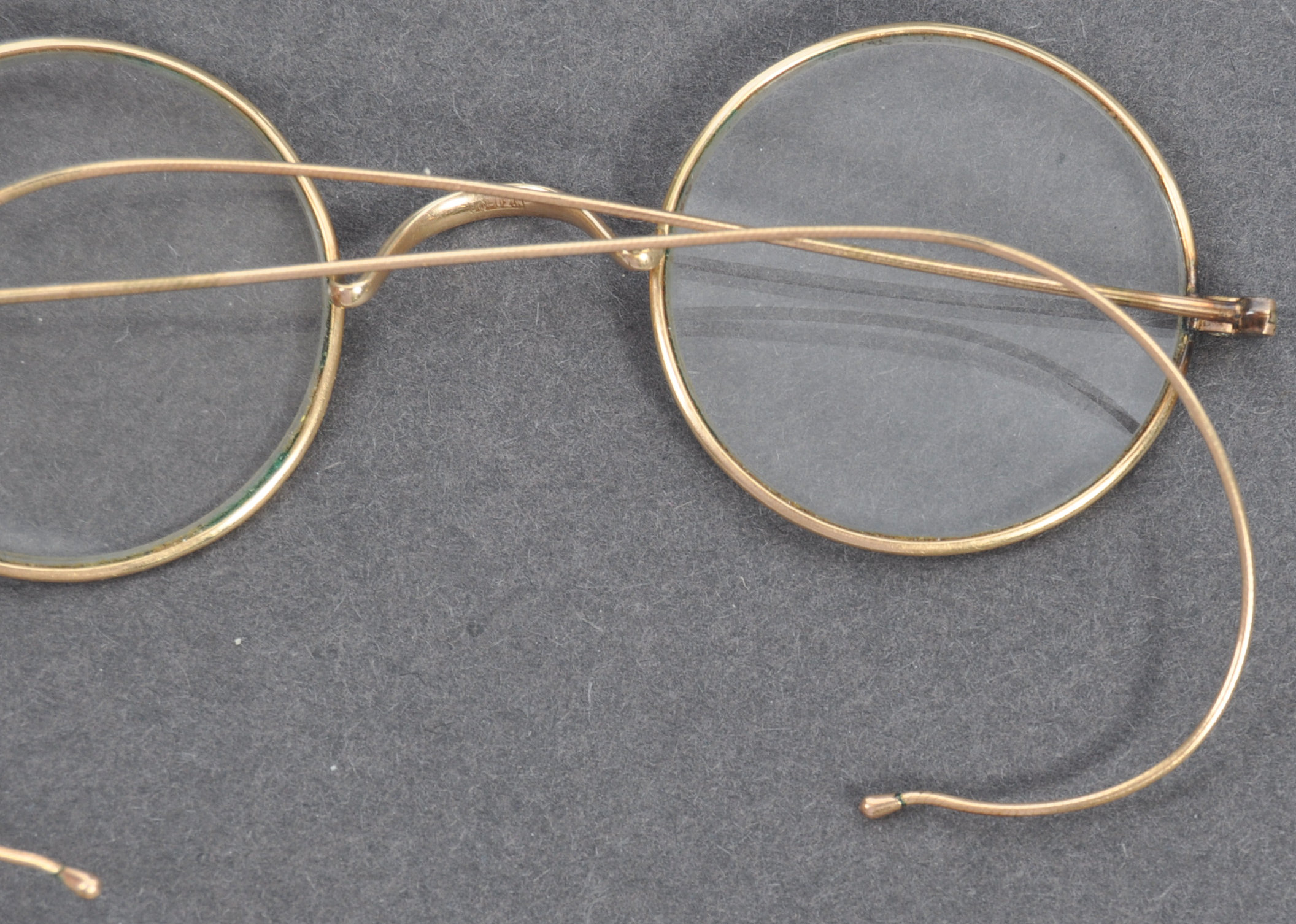 PAIR OF MATHATMA GANDHI'S PERSONAL SPECTACLES - Image 3 of 7