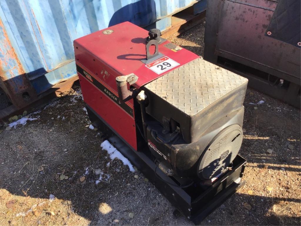 Lot 29 - Ranger 9 Gas Welder 2400hrs