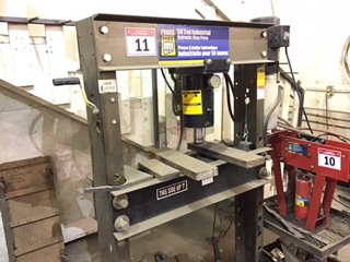 Lot 11 - 50 Ton Shop Press