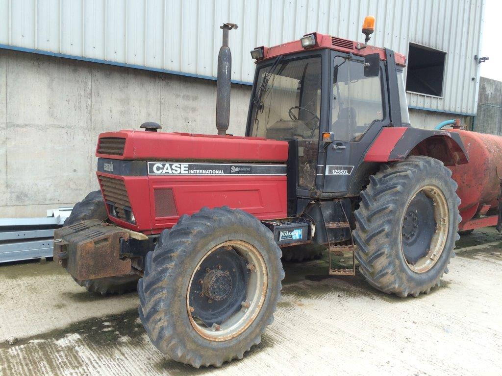 Case Tractors Four Wheel Drive : Case ih xl wheel drive tractor registration number