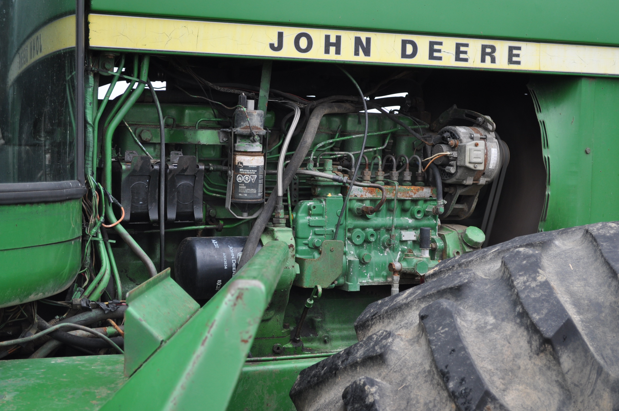 John Deere 8430 tractor, 4WD, diesel, 20.8-34 duals, CHA, Quad range, 3 hyd remotes, 1000 pto, 3 pt, - Image 9 of 19