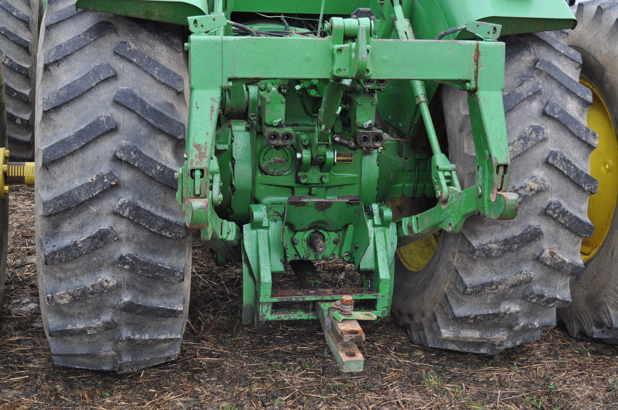 John Deere 8430 tractor, 4WD, diesel, 20.8-34 duals, CHA, Quad range, 3 hyd remotes, 1000 pto, 3 pt, - Image 11 of 19