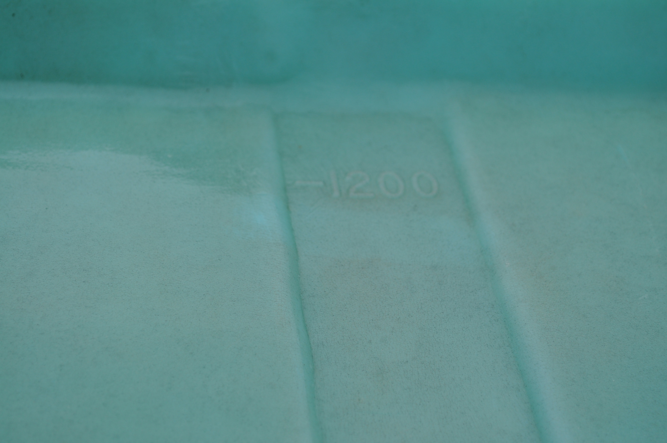 1200 gallon flat bottom poly tank - Image 5 of 5