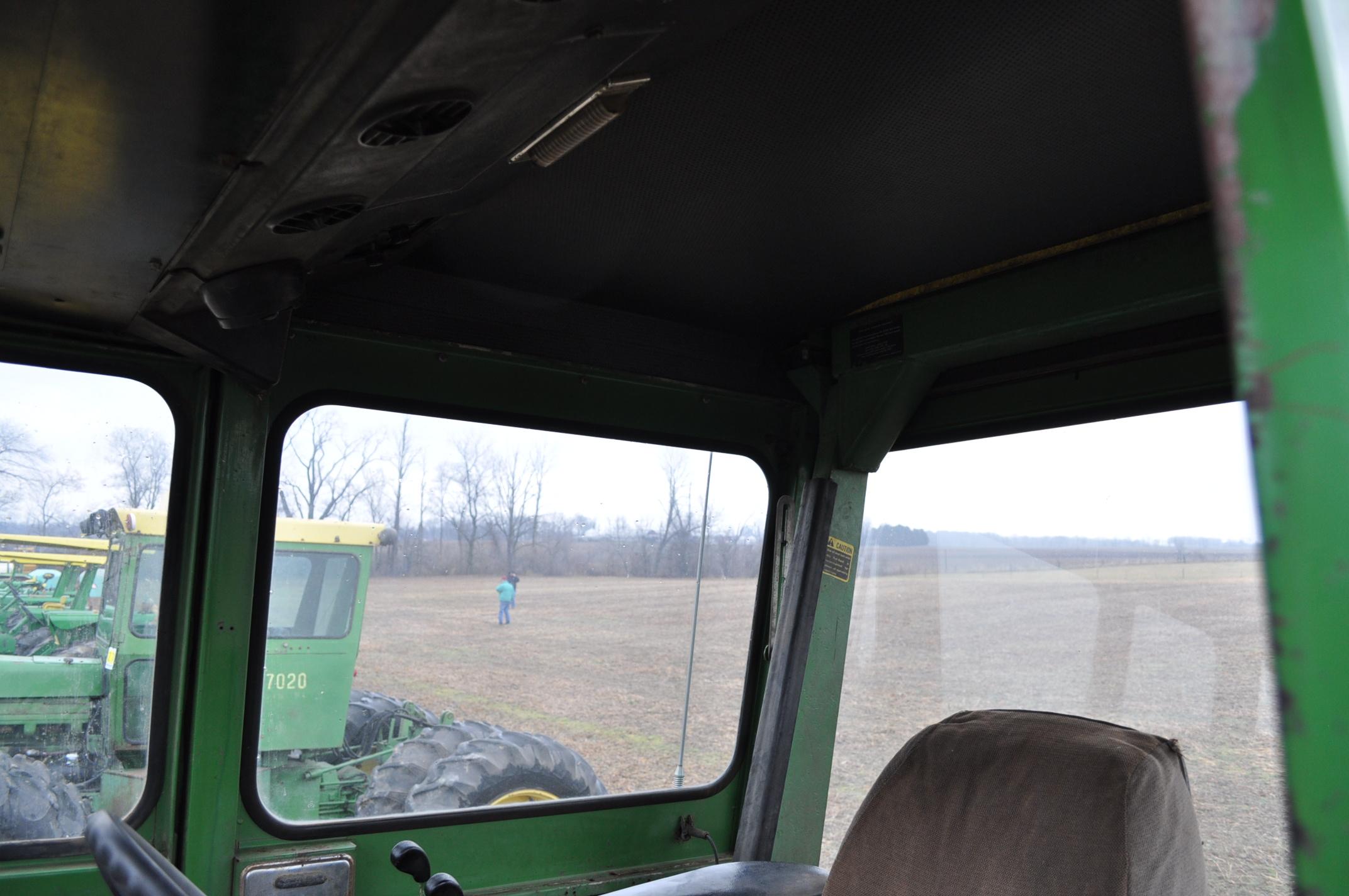 John Deere 7520 tractor, 4WD, diesel, 18.4-34 duals, original fenders, CHA, cab interior kit, 3 - Image 15 of 24