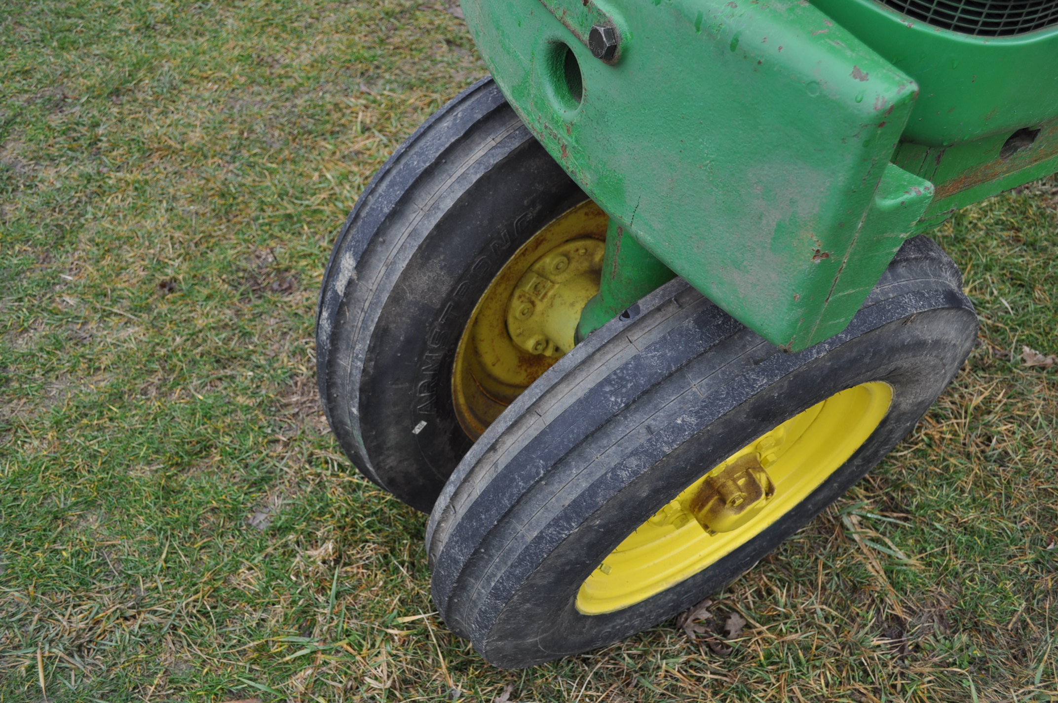 1942 John Deere Styled A, New 12.4-38 rear tires, narrow front, 540 pto - Image 5 of 15