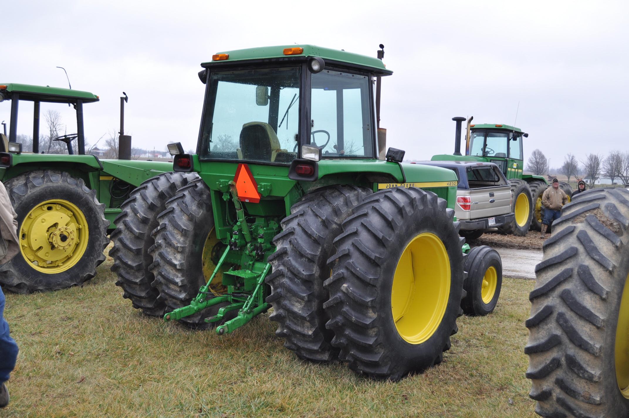 John Deere 4230 tractor, diesel, 18.4-34 hub duals, 10.00-16 front, CHA, Quad range, 2 hyd - Image 3 of 23