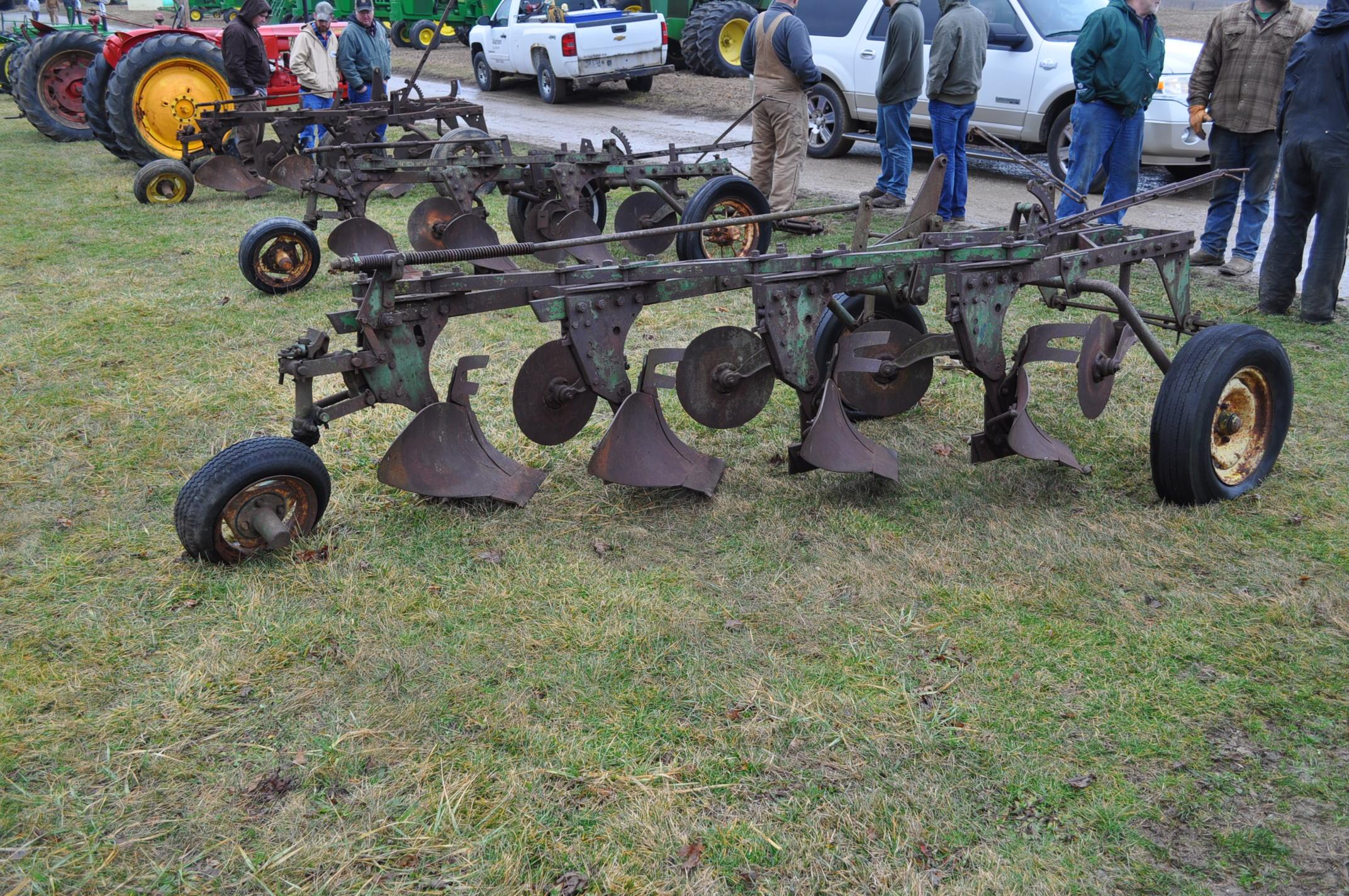"John Deere 4 x 16"" plow, pull-type - Image 4 of 7"