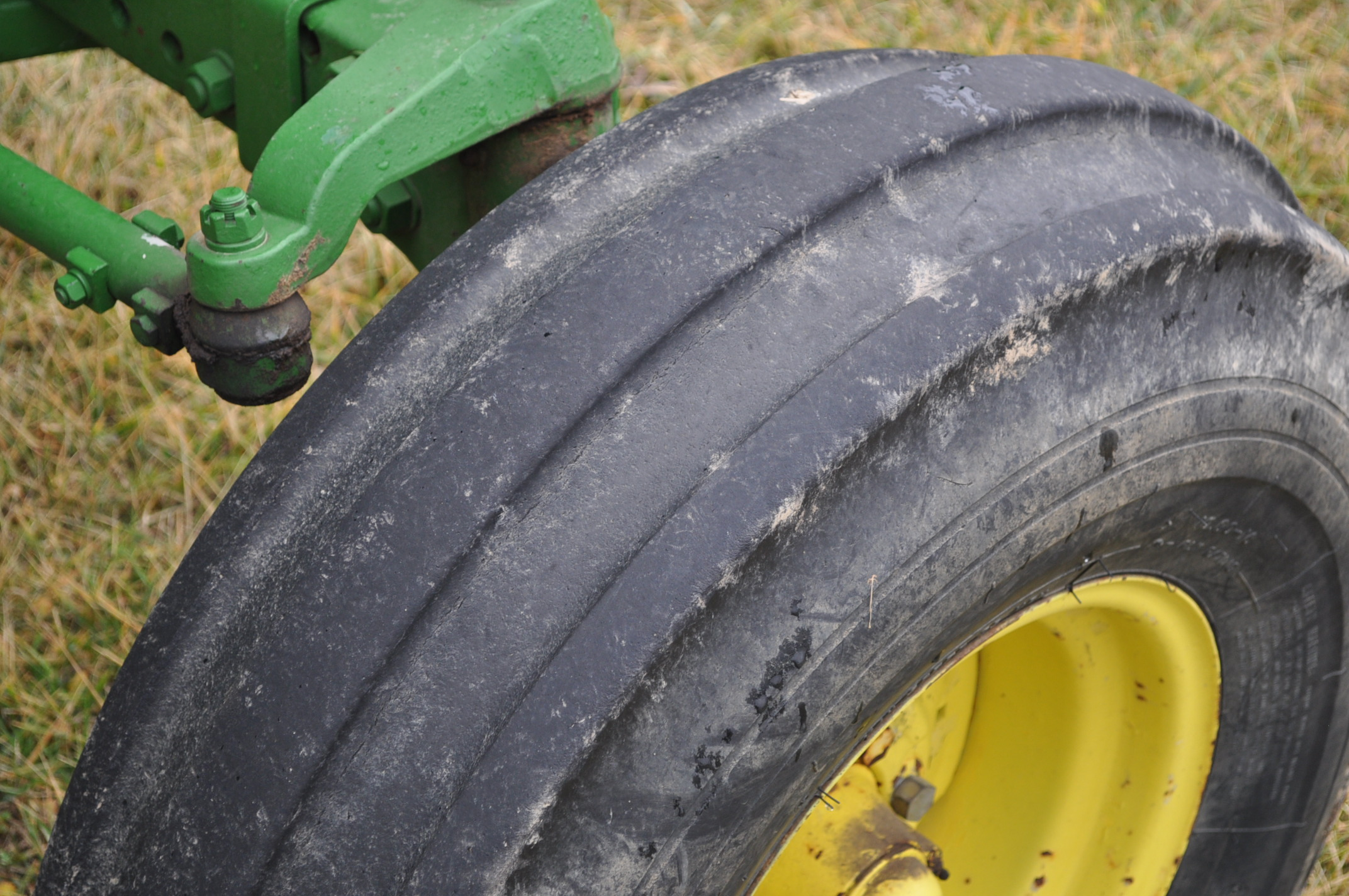 John Deere 4430 tractor, diesel, 18.4-34 hub duals, 10.00-16 front, CHA, Quad range, 2 hyd - Image 8 of 20