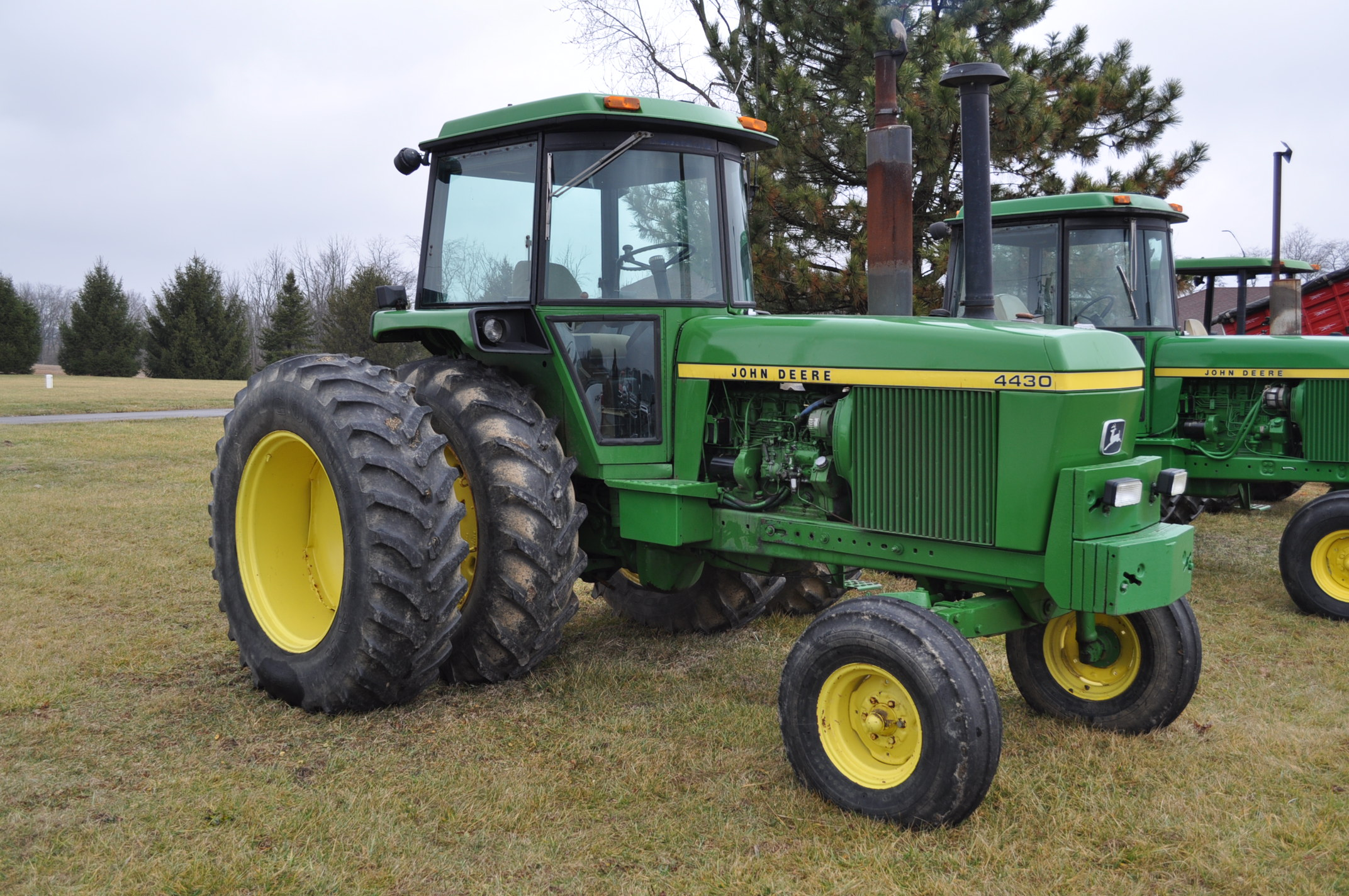 John Deere 4430 tractor, diesel, 18.4-34 hub duals, 10.00-16 front, CHA, Quad range, 2 hyd - Image 4 of 20