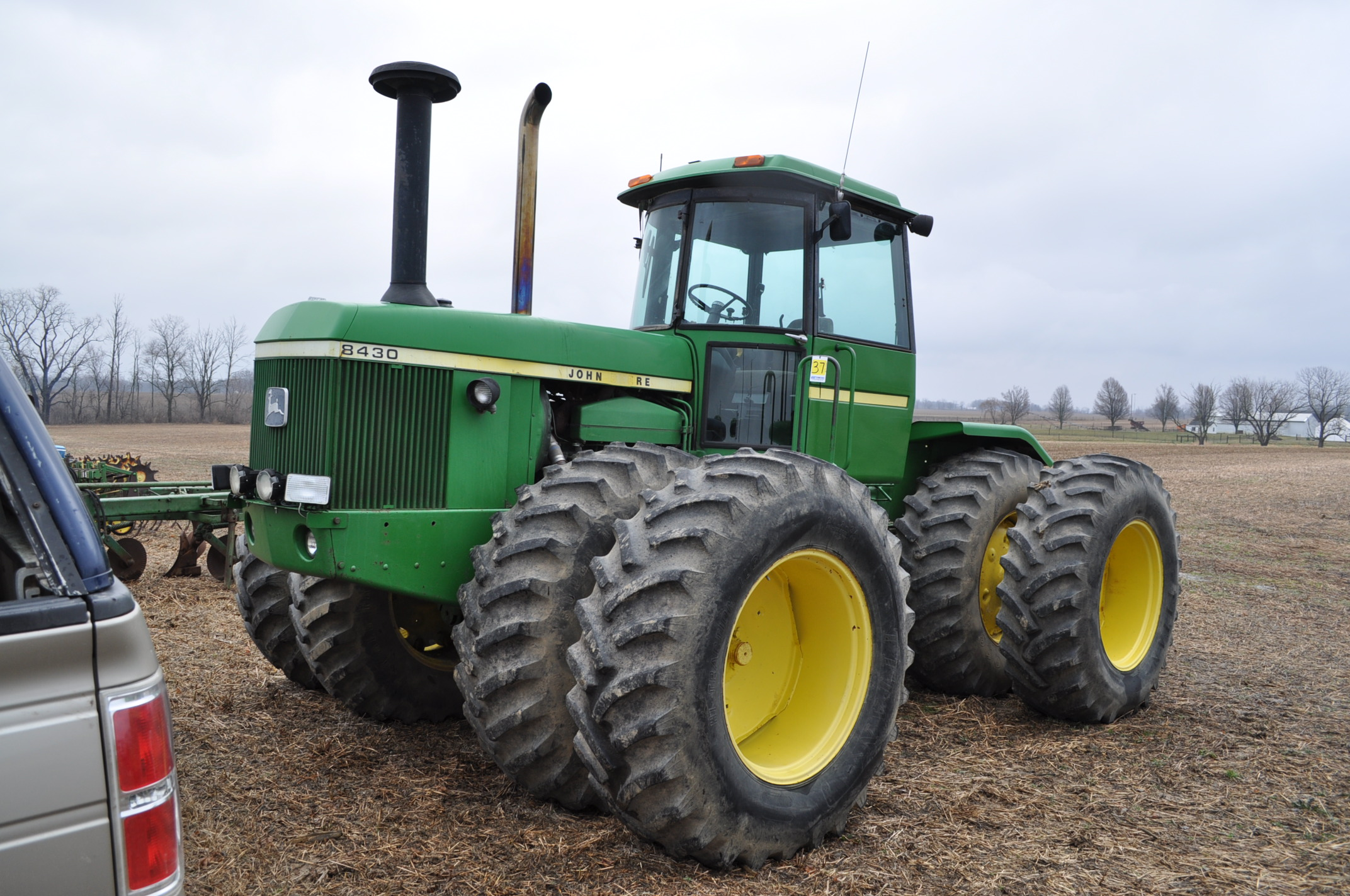 John Deere 8430 tractor, 4WD, diesel, 20.8-34 duals, CHA, Quad range, 3 hyd remotes, 1000 pto, 3 pt,