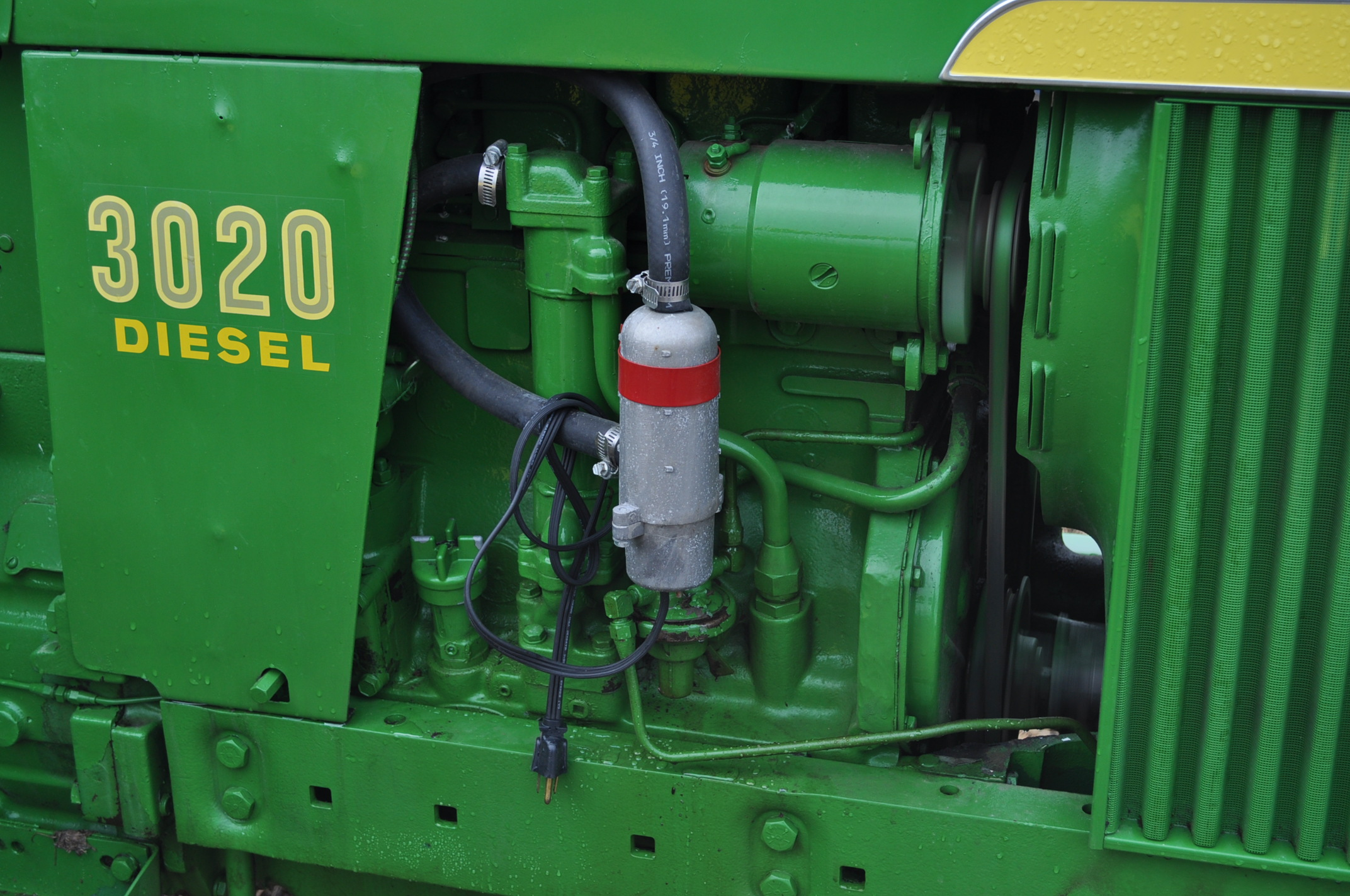 John Deere 3020 tractor, diesel, 18.4-34 rear, clamp on duals, 11L-15 narrow front, Syncro, 2 - Image 10 of 15