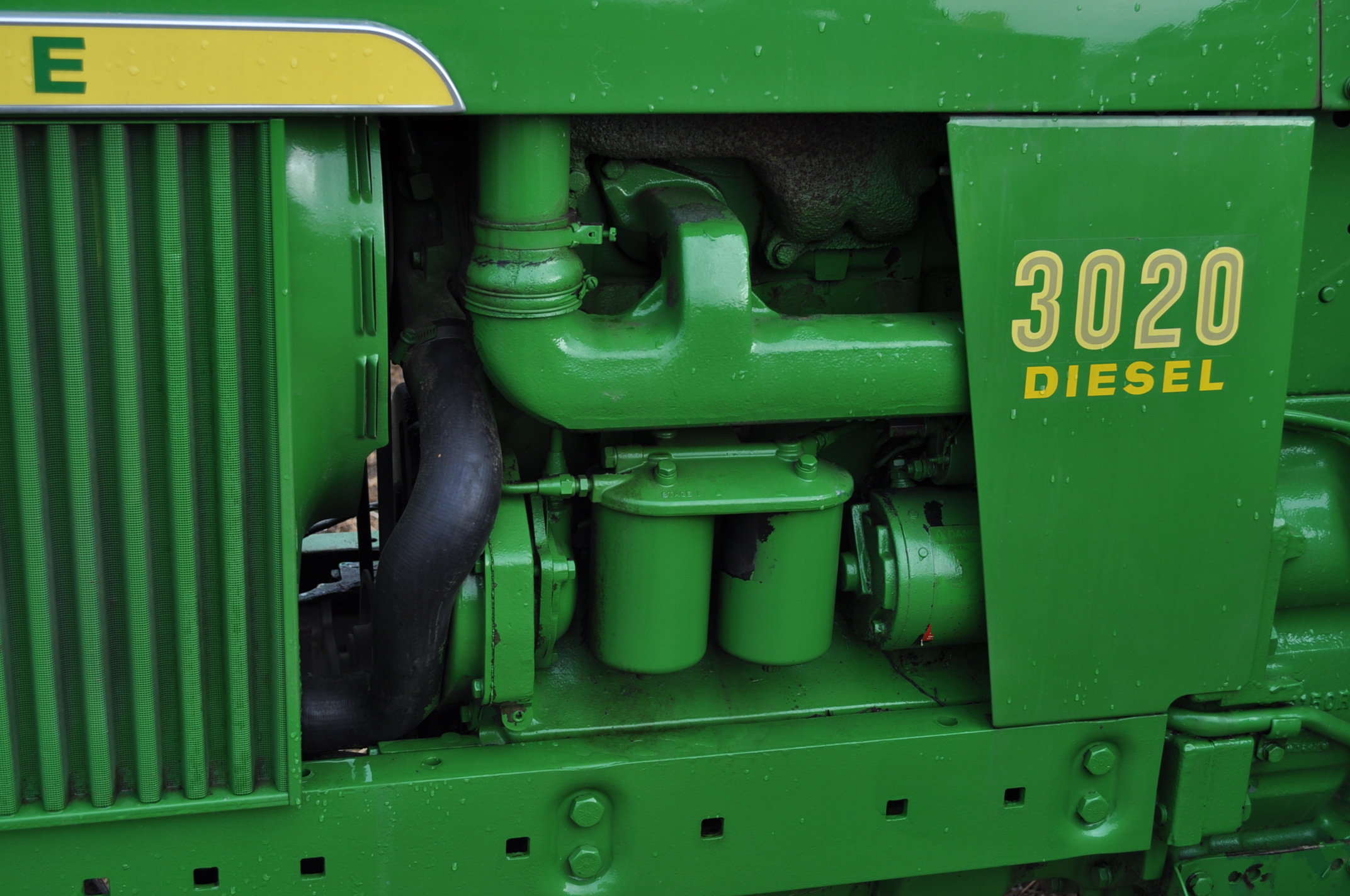 John Deere 3020 tractor, diesel, 18.4-34 rear, clamp on duals, 11L-15 narrow front, Syncro, 2 - Image 9 of 15