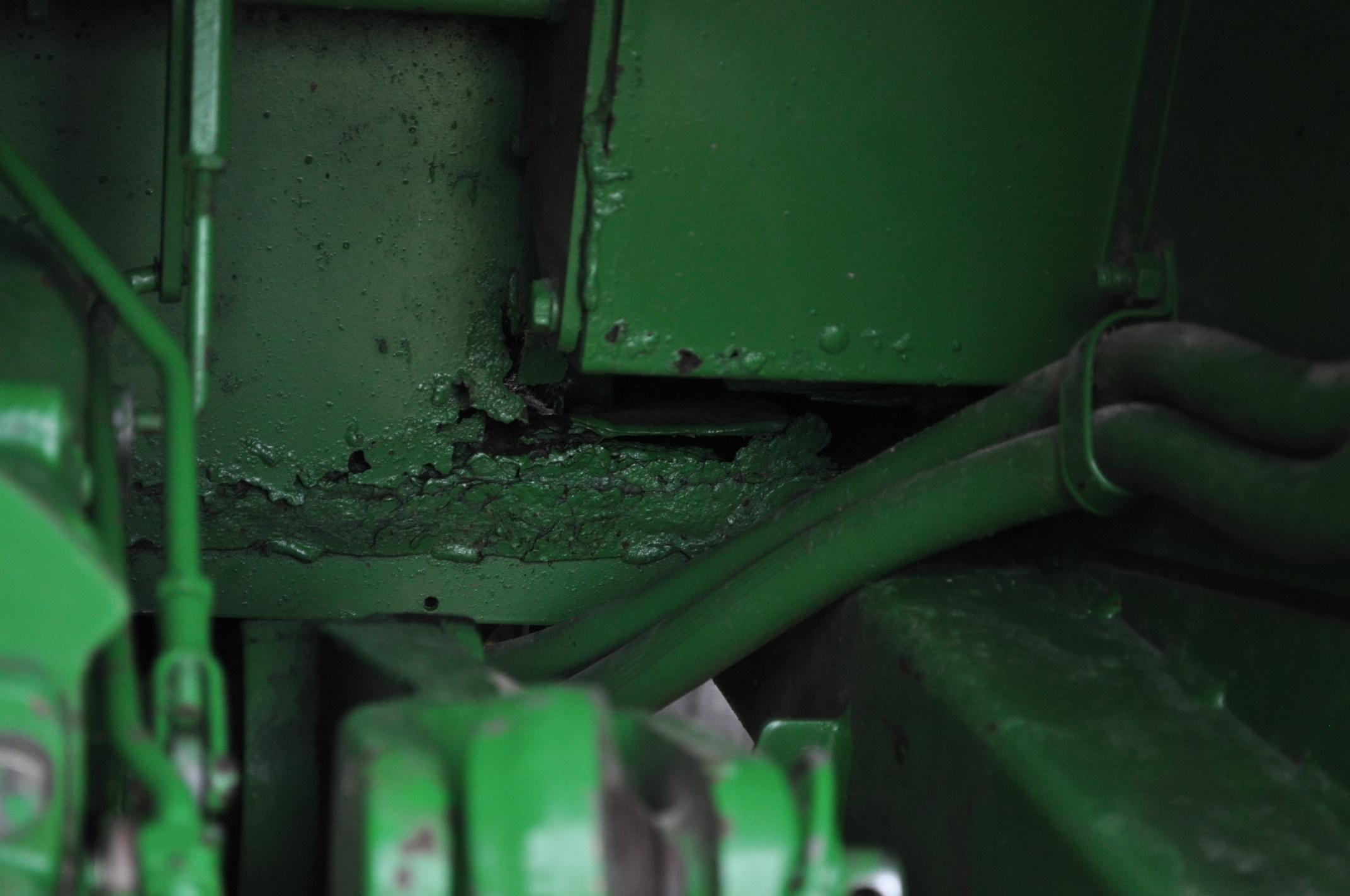 John Deere 4230 tractor, diesel, 18.4-34 hub duals, 10.00-16 front, CHA, Quad range, 2 hyd - Image 17 of 23