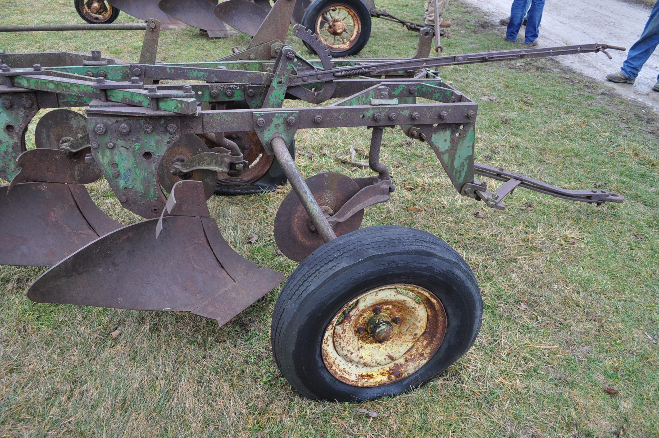 "John Deere 4 x 16"" plow, pull-type - Image 6 of 7"