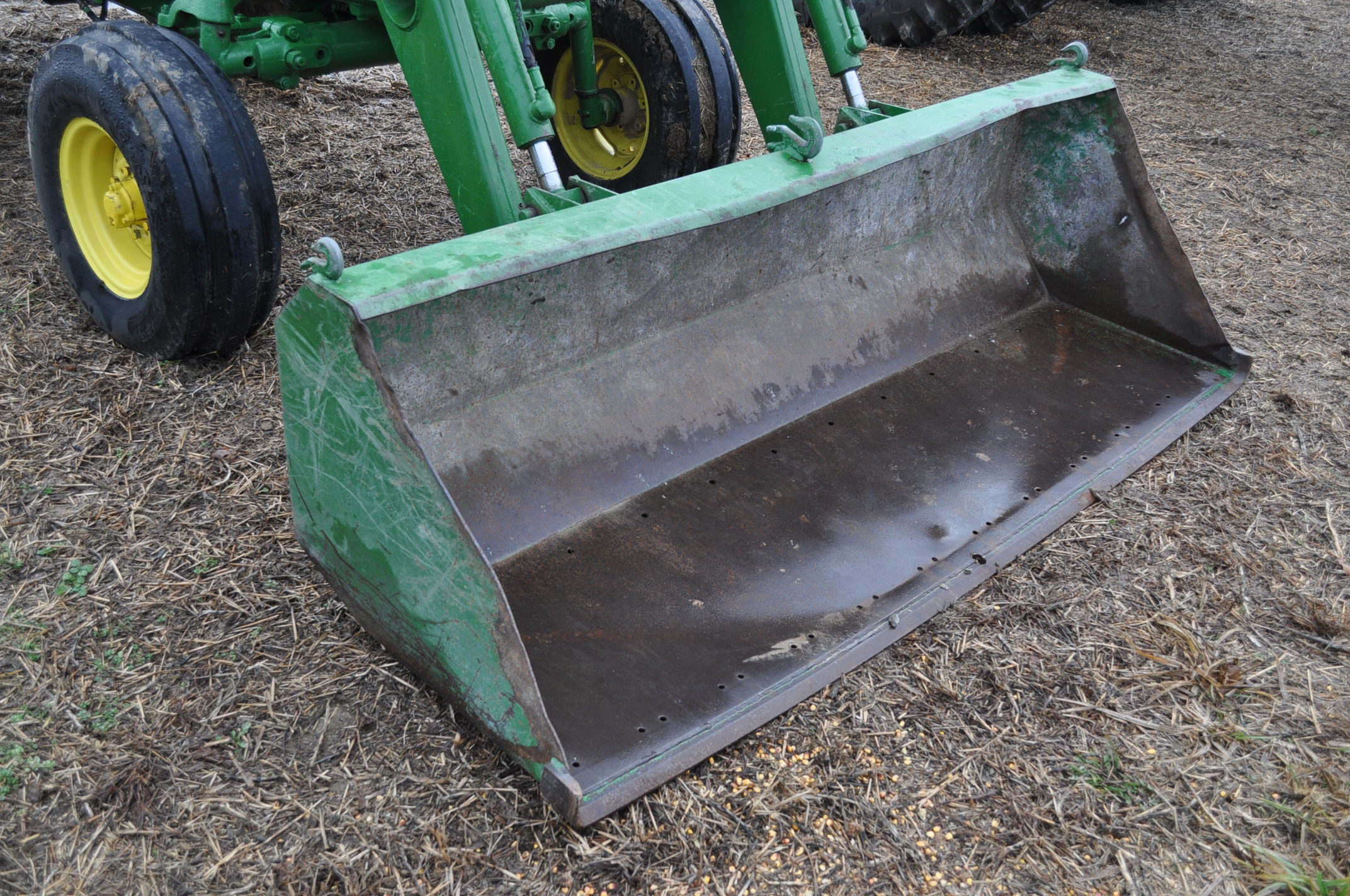 John Deere 4020 tractor, diesel, 18.4-34 tires w/ clamp on dual rims, 11L-15 front, ROPS w/ - Image 5 of 22