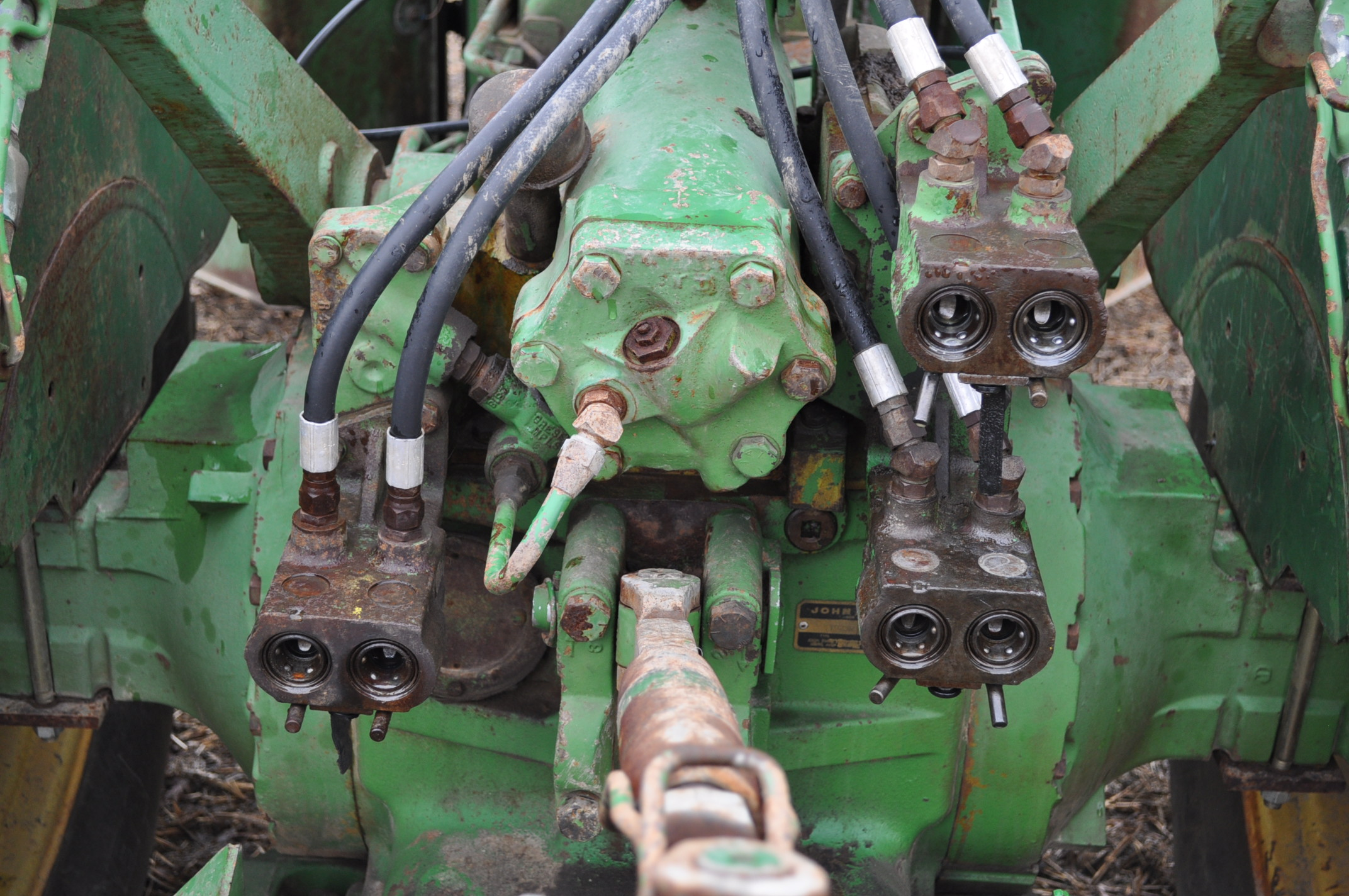 John Deere 7520 tractor, 4WD, diesel, 18.4-34 duals, original fenders, CHA, cab interior kit, 3 - Image 12 of 24